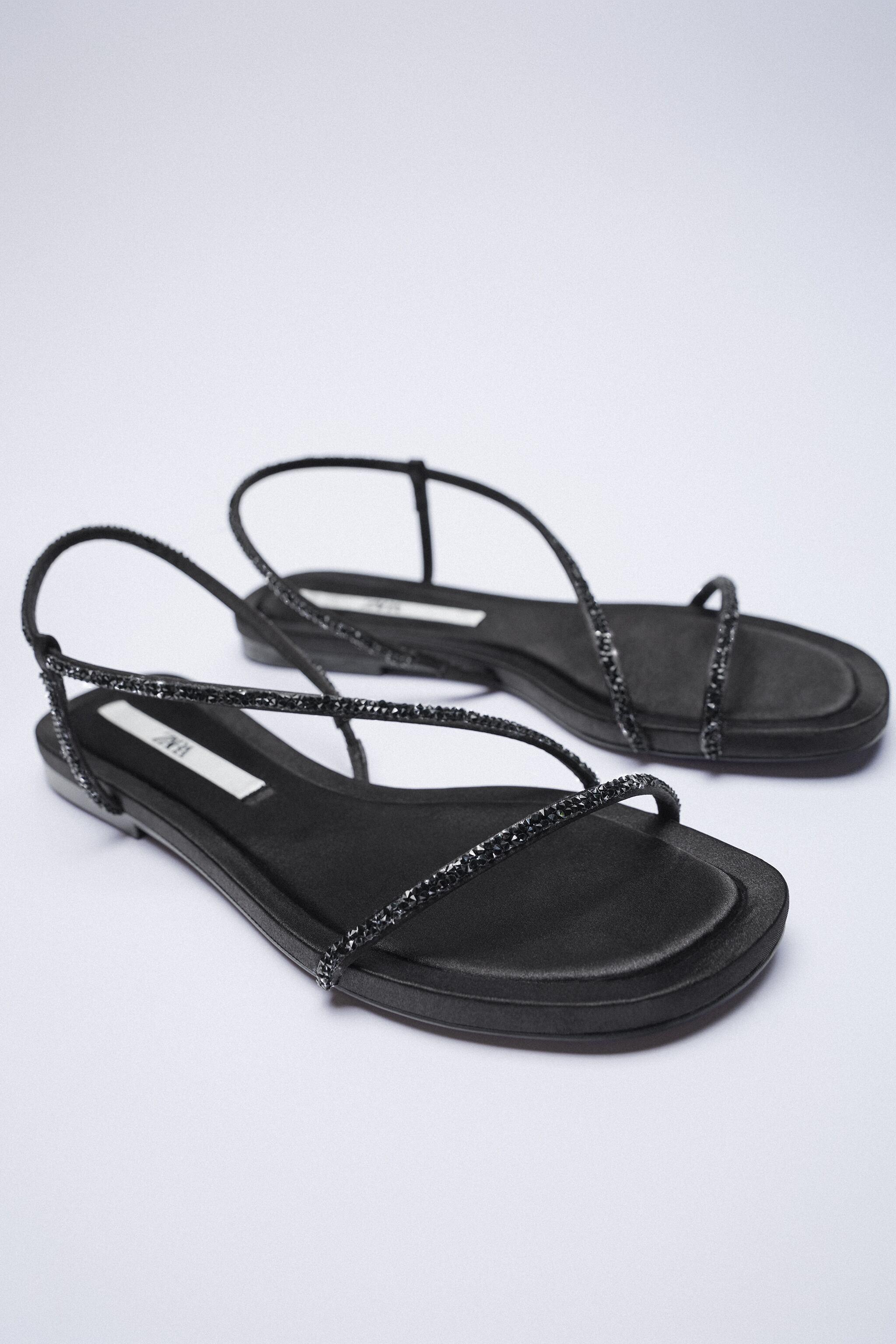 SPARKLY LOW HEELED SANDALS 5