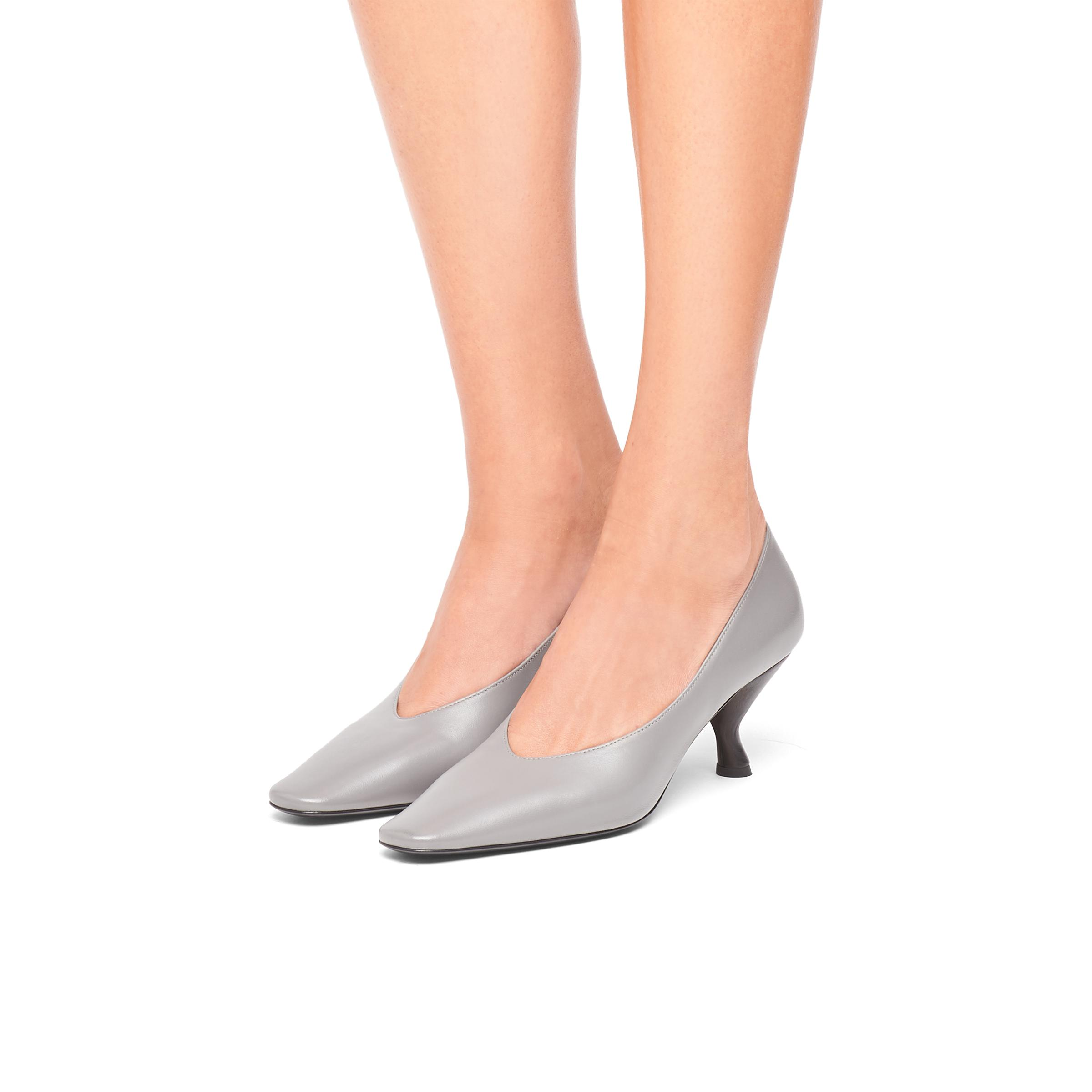 Pointy Toe Nappa Leather Pump With Medium Heel Women Marble Gray 4