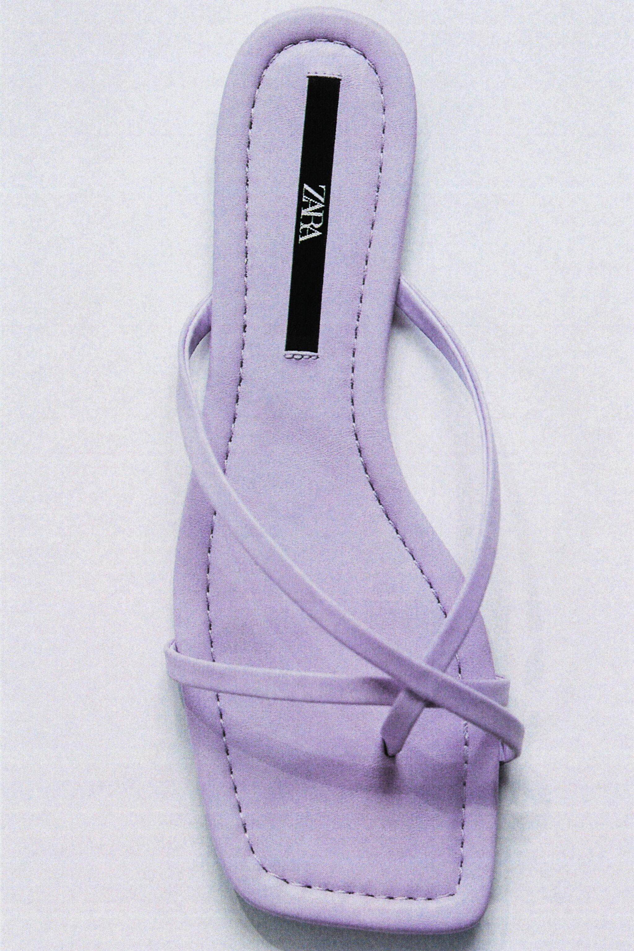 FLAT STRAPPY SANDALS 3