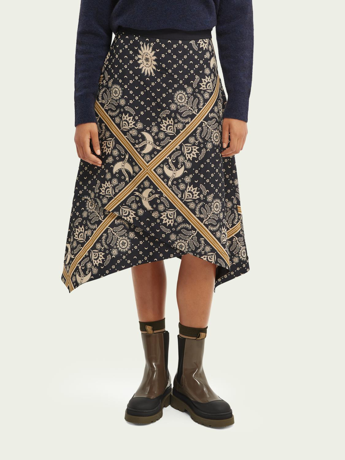 Double layer printed skirt