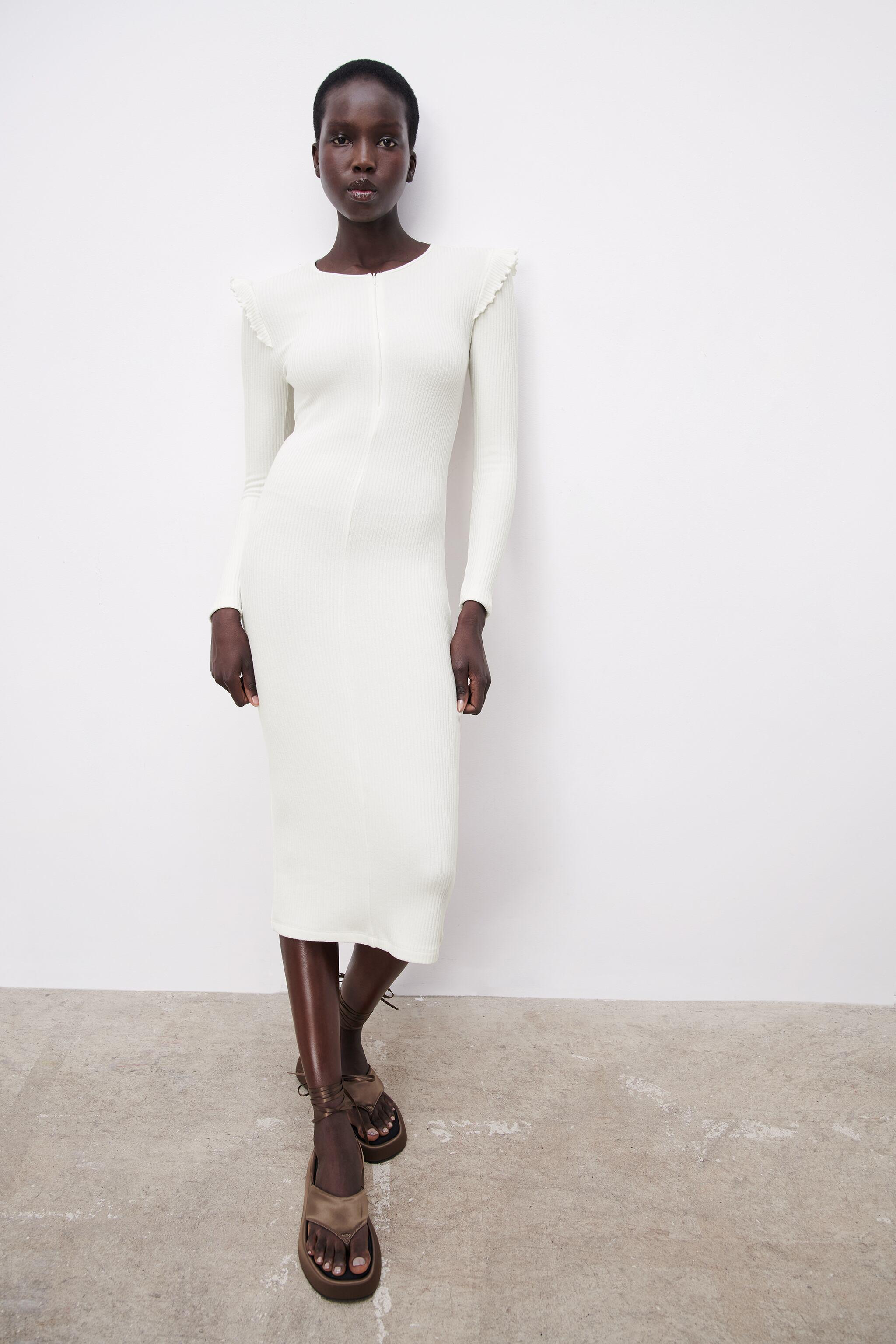 RIBBED DRESS WITH RUFFLES