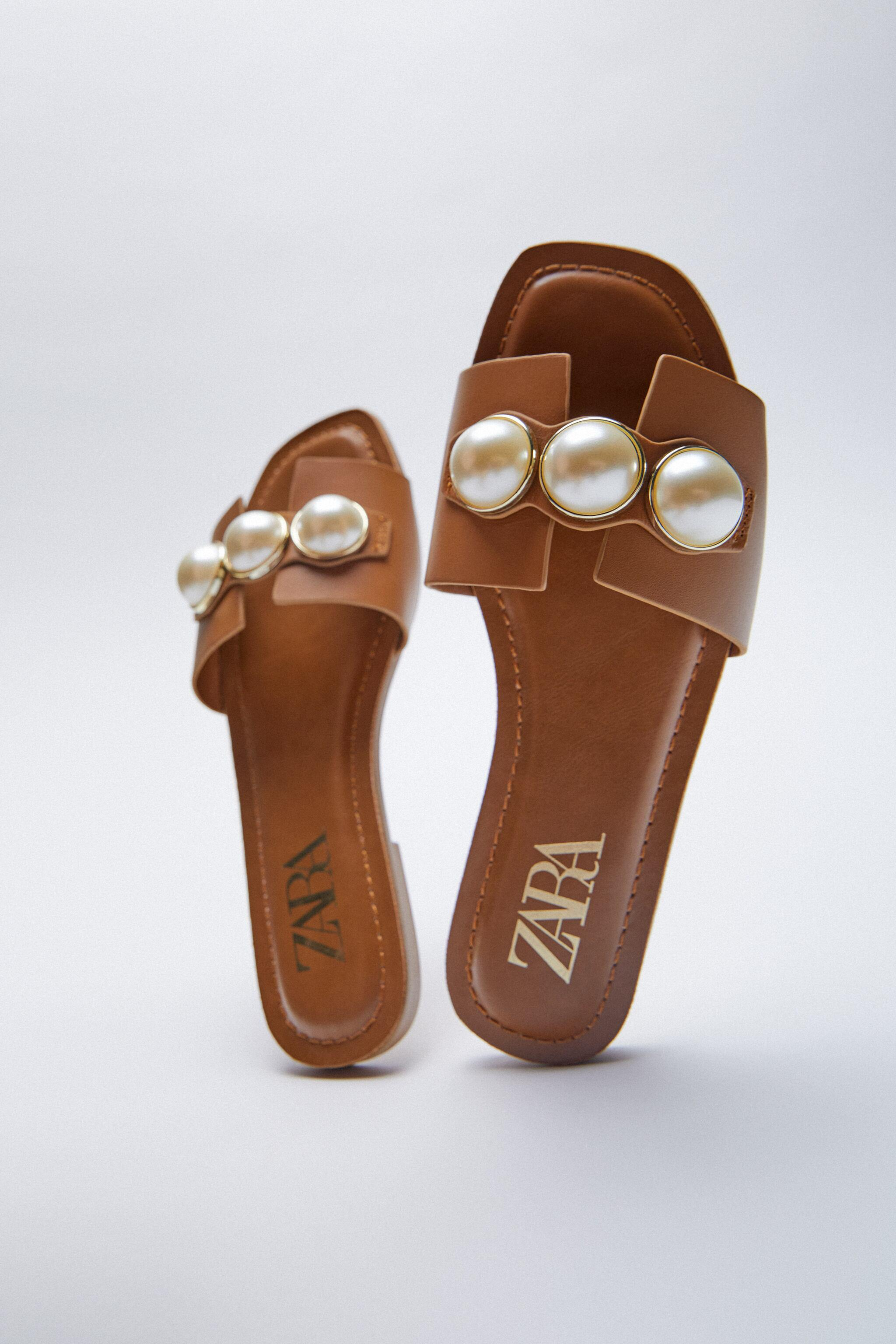 LEATHER SLIDE SANDALS WITH PEARLS 3