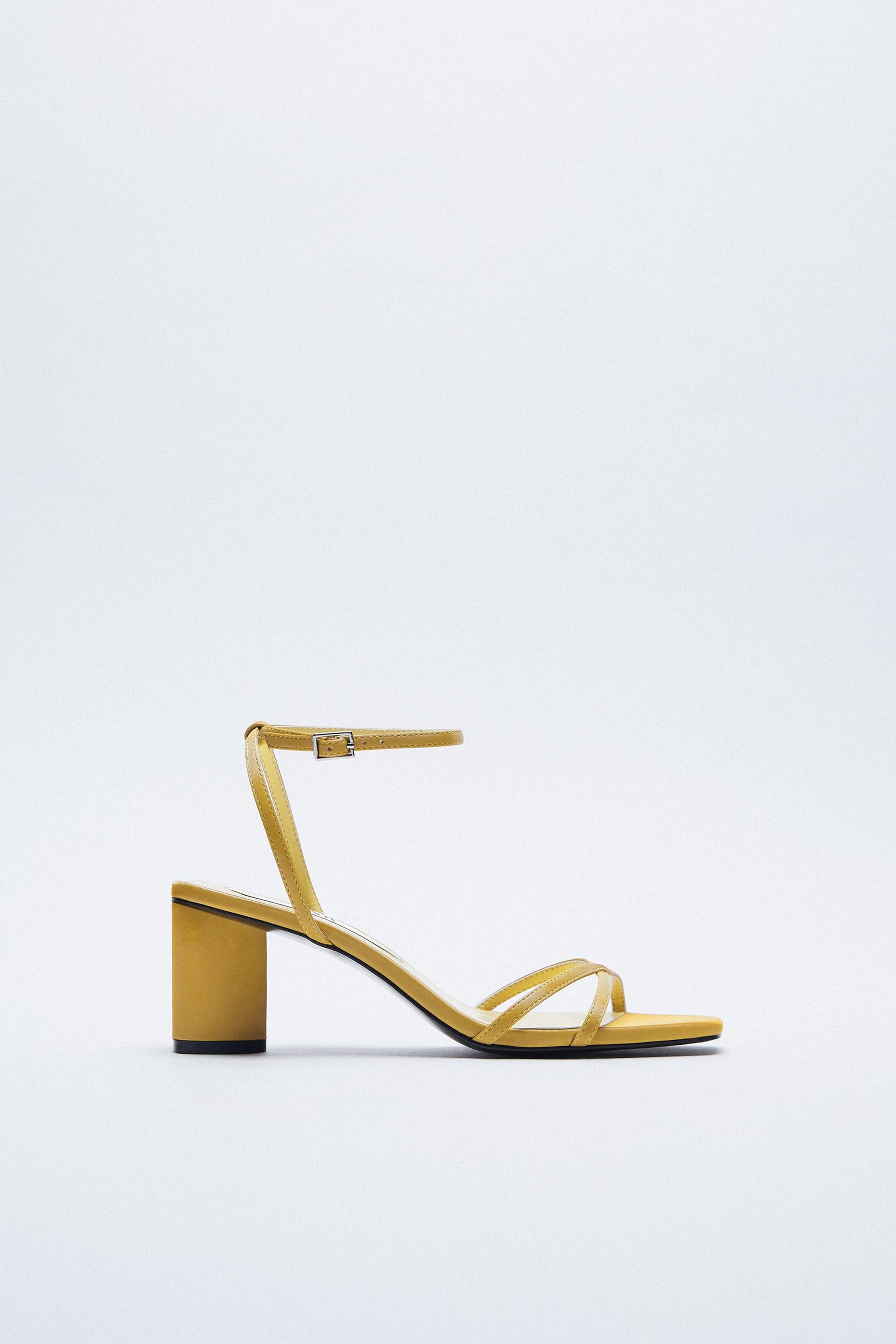HEELED SANDALS WITH THIN STRAPS