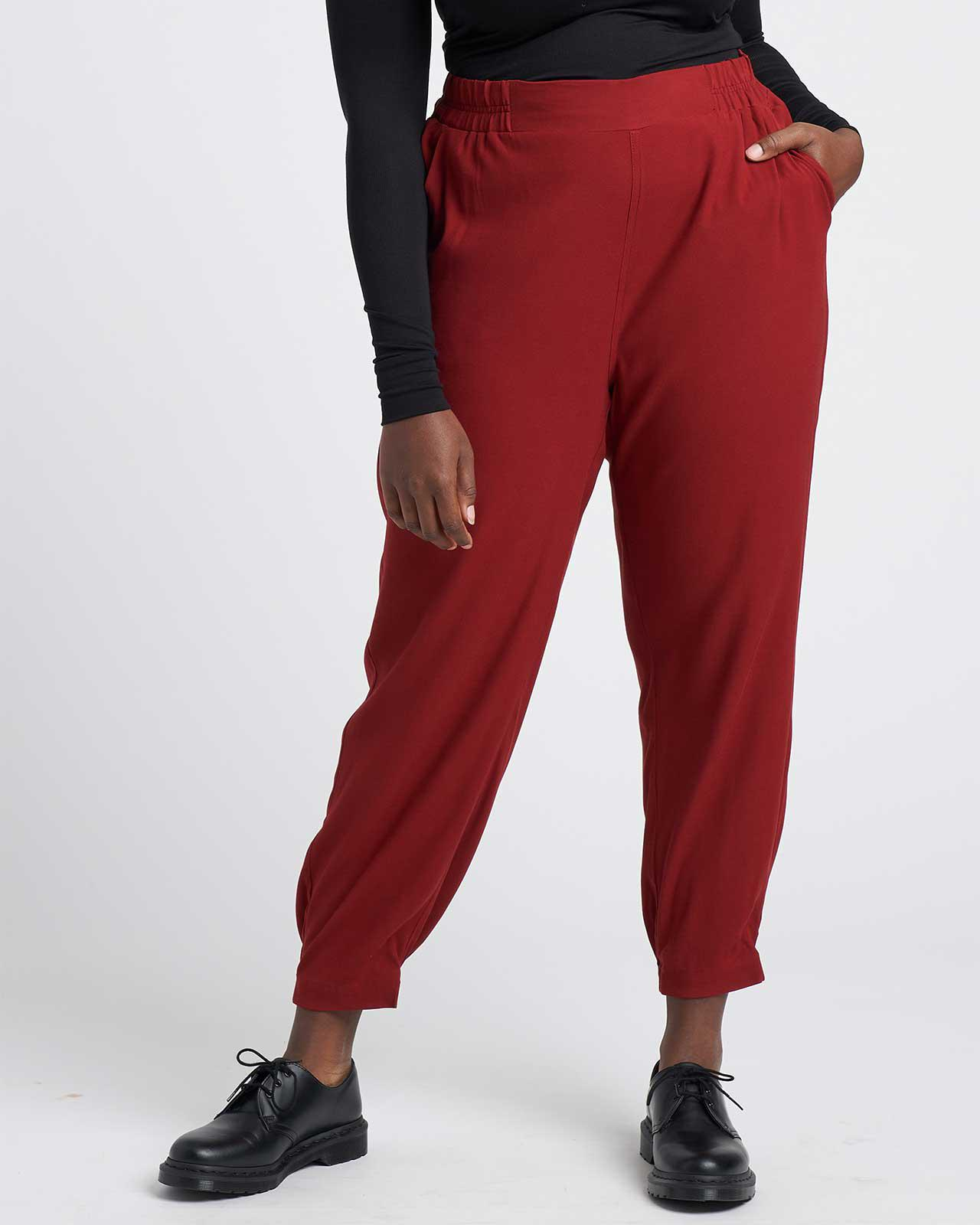 Dylan Luxe Twill Joggers 6