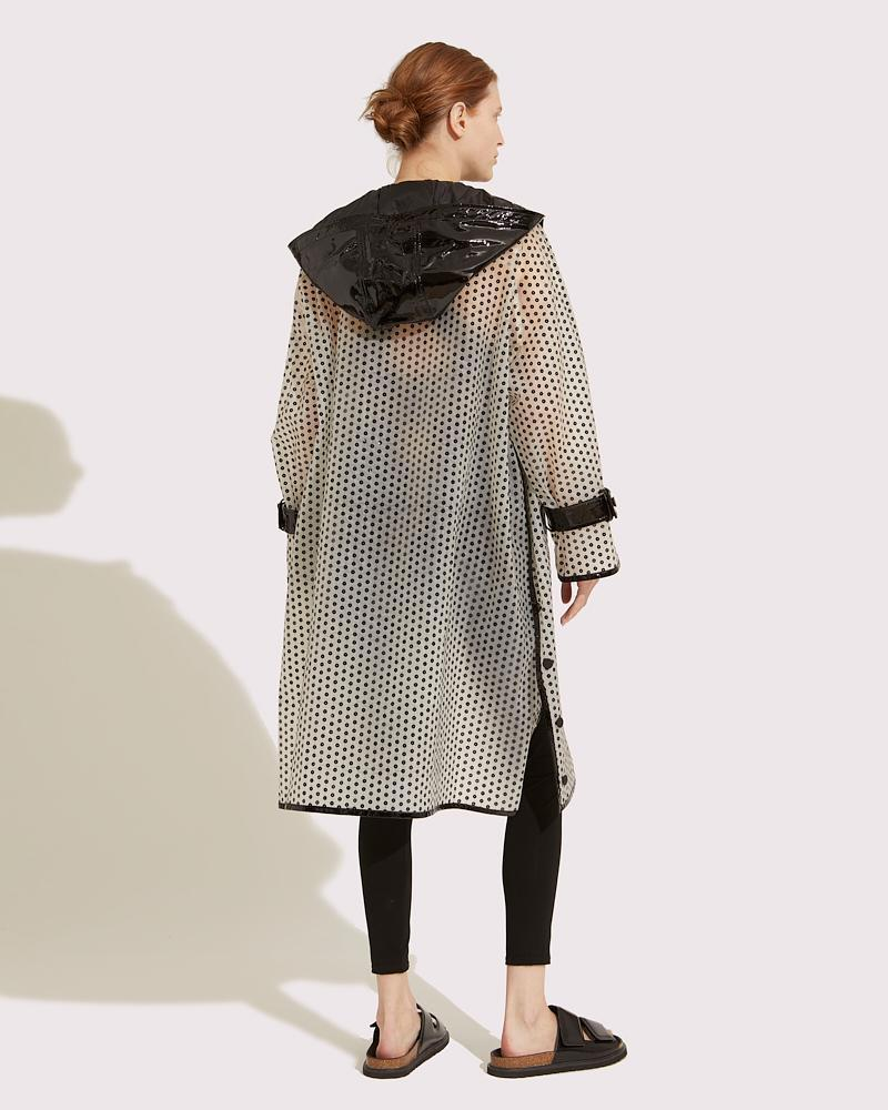 Long embroidered coat 1