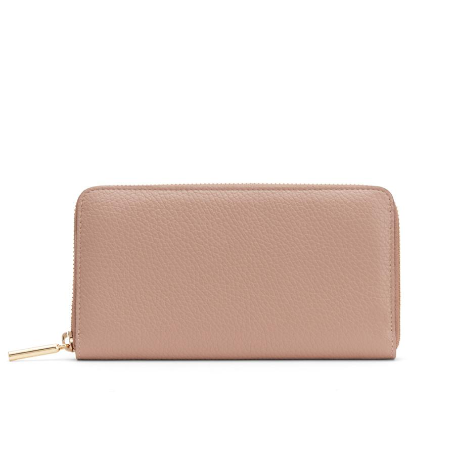 Women's Classic Zip Around Wallet in Soft Rose/Cappuccino | Pebbled Leather by Cuyana