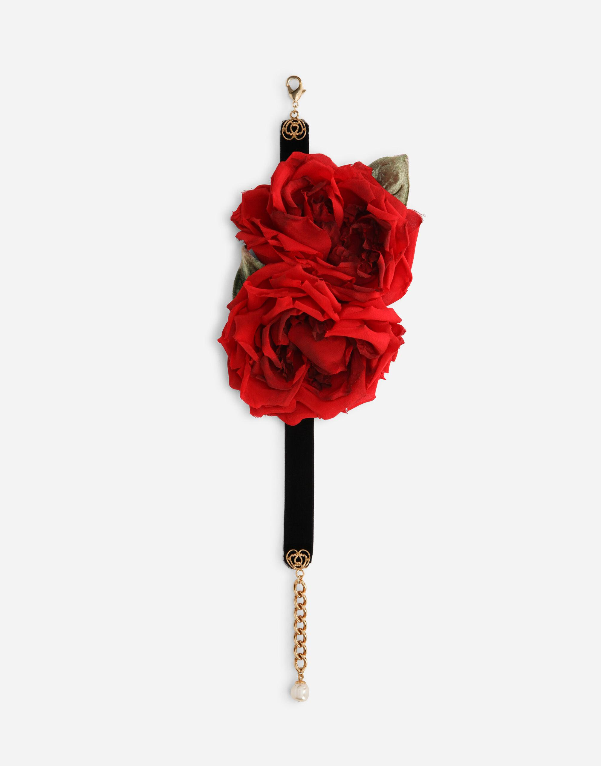 Silk choker with roses