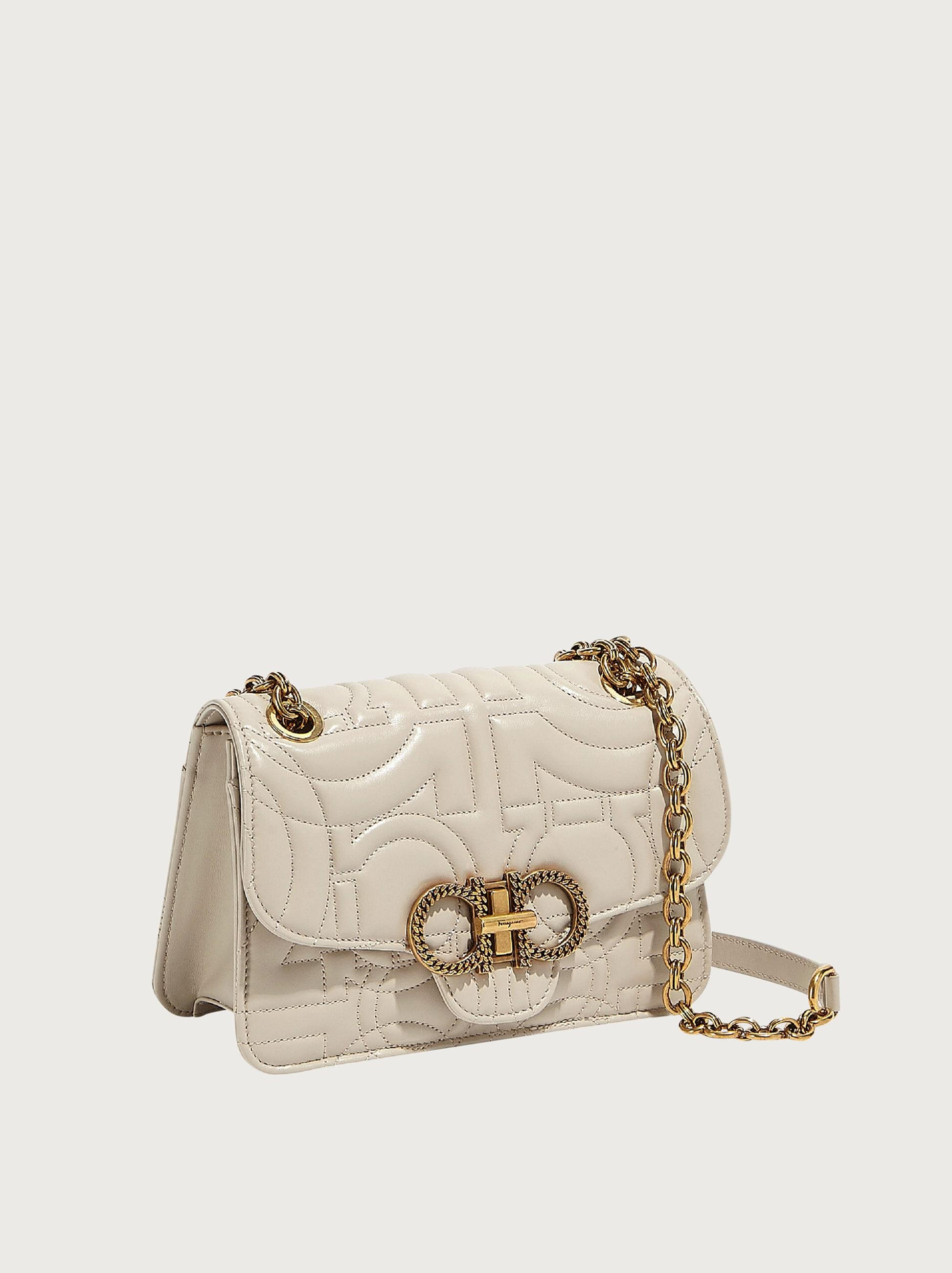 QUILTED GANCINI FLAP BAG (M) 1