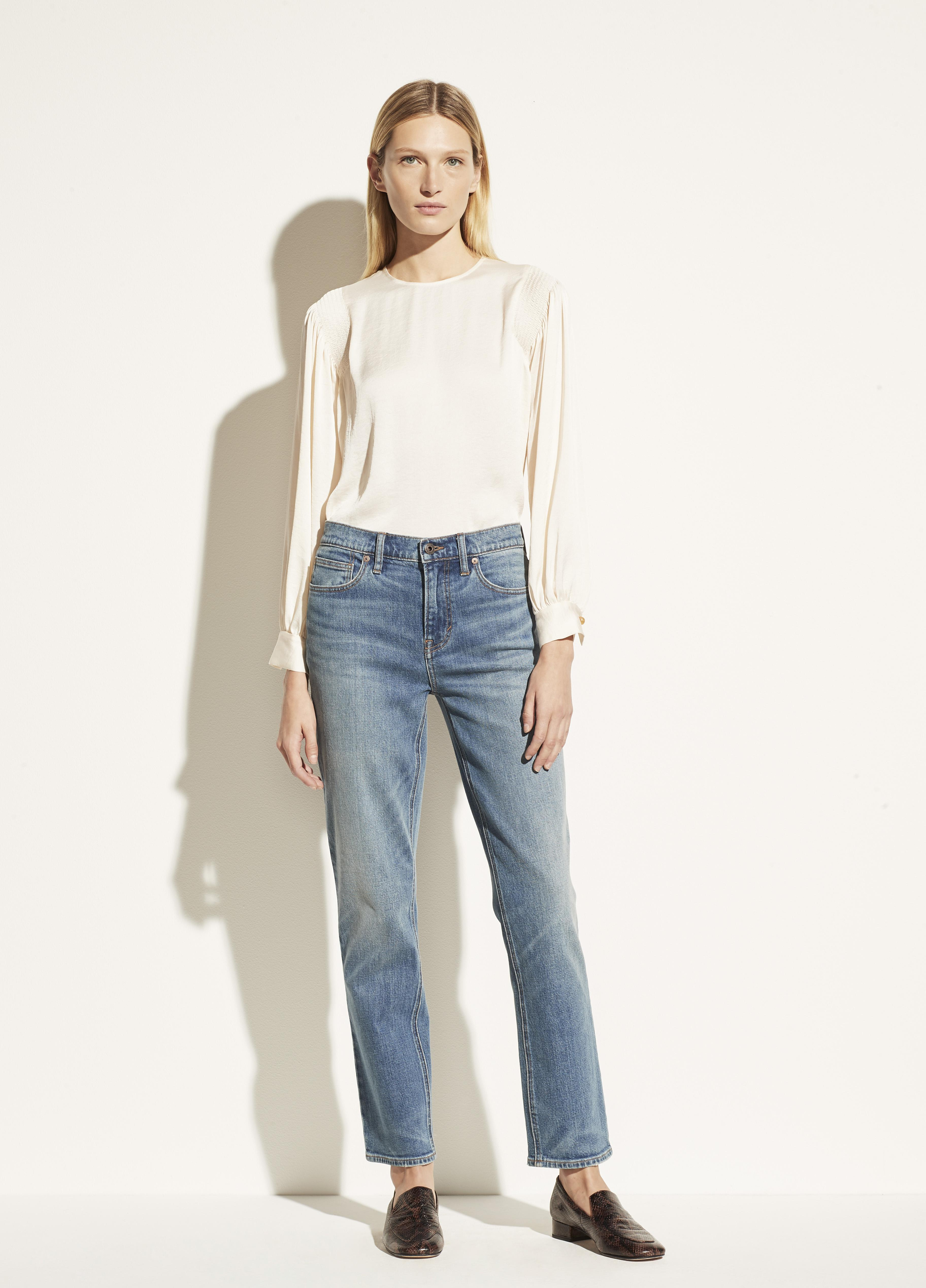 Exclusive / Relaxed Straight Jean