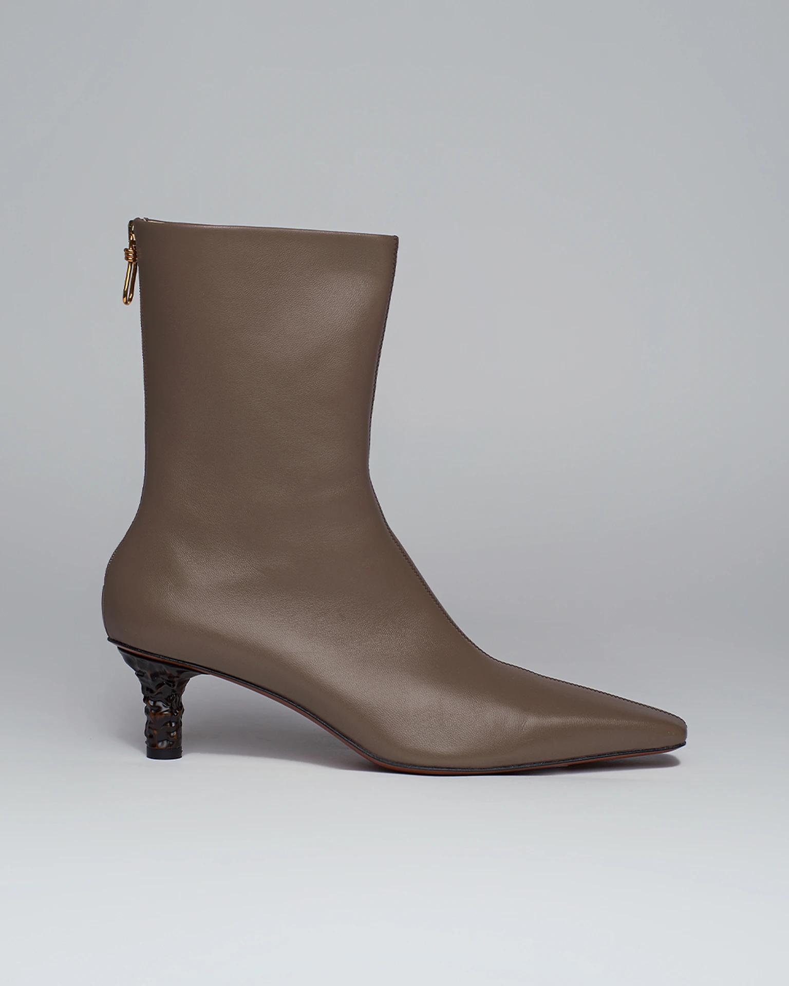 TALLI - Sculpted-heel leather boots - Gray