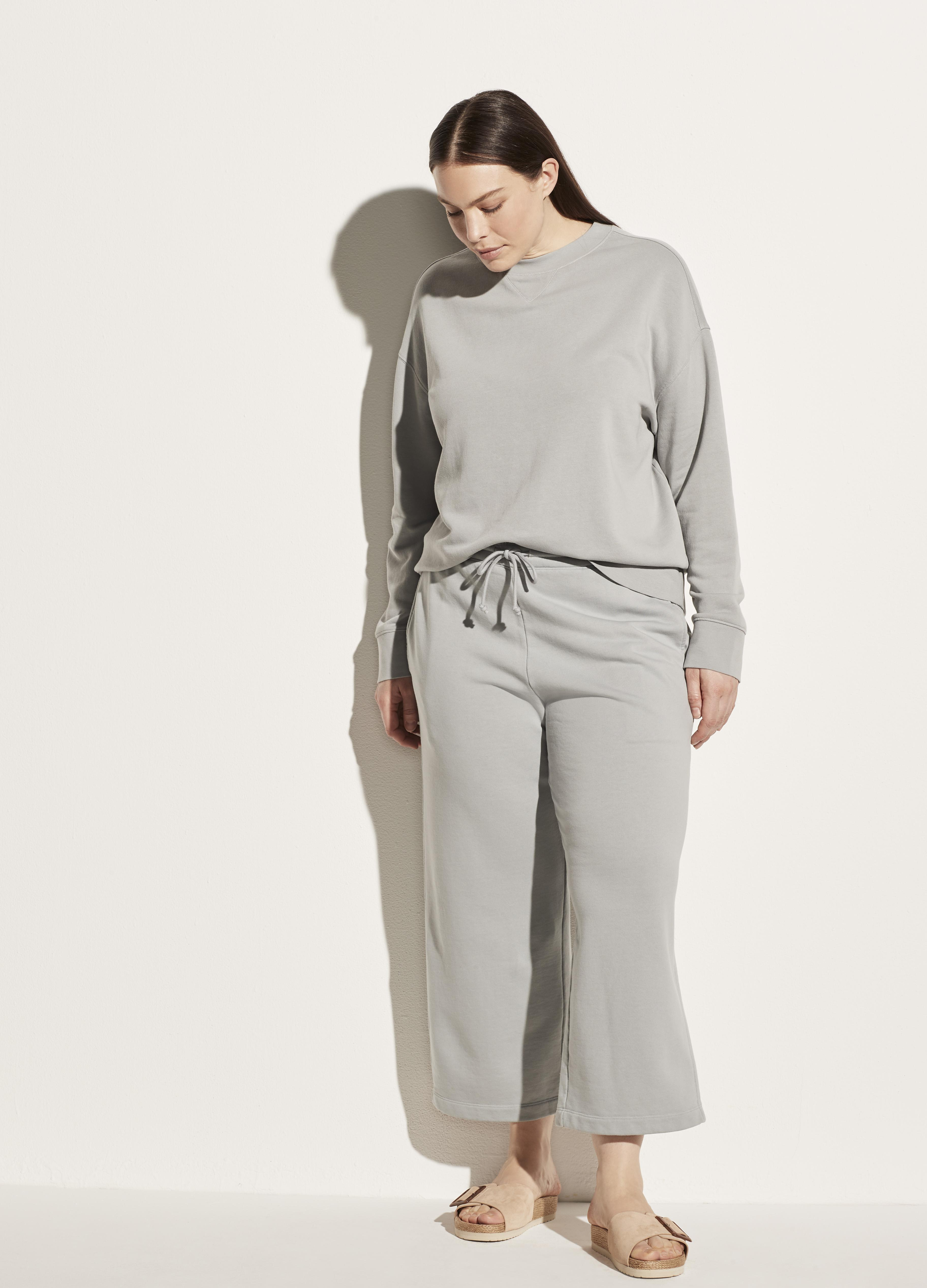 Essential Relaxed Pullover 1