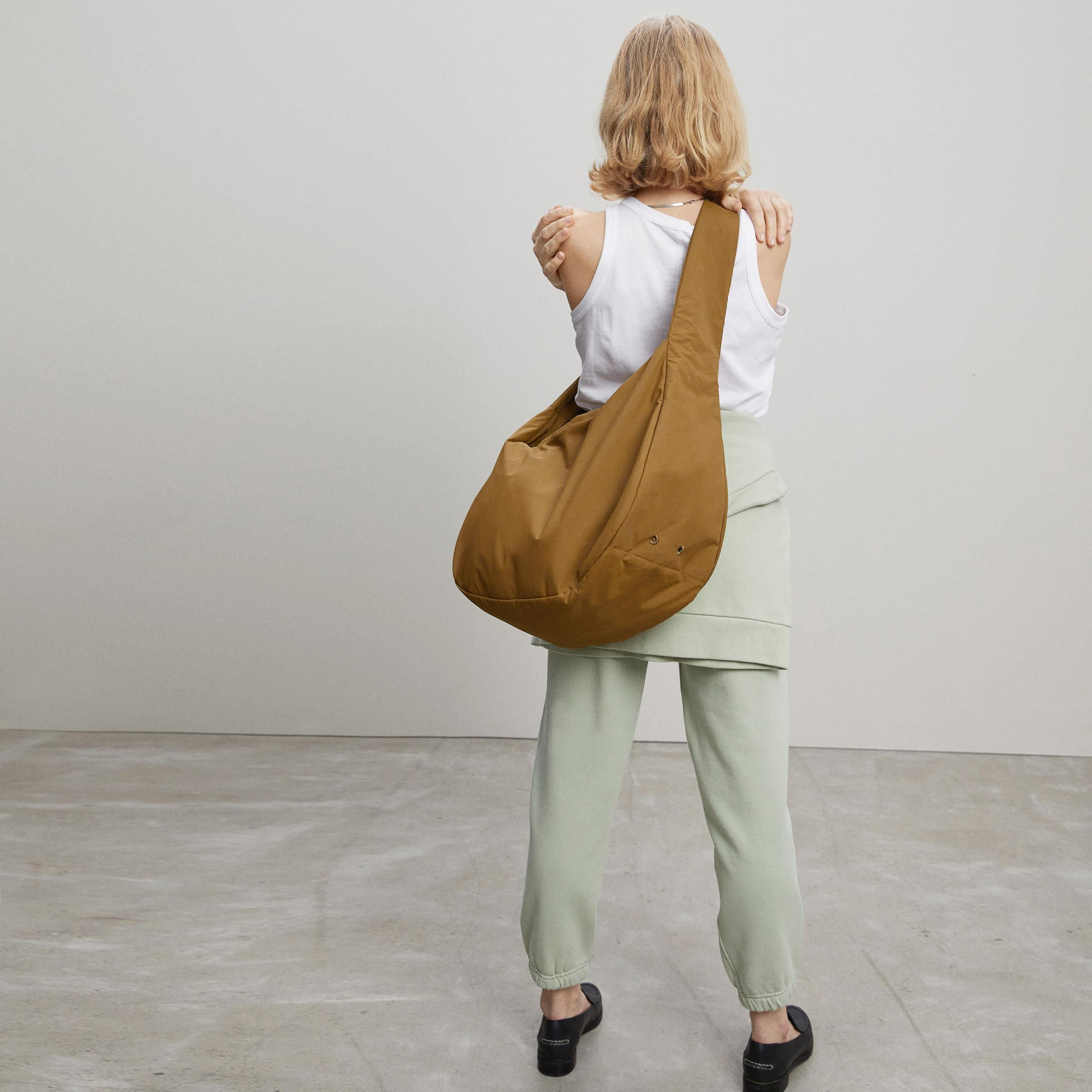 The Oversized Carryall 4