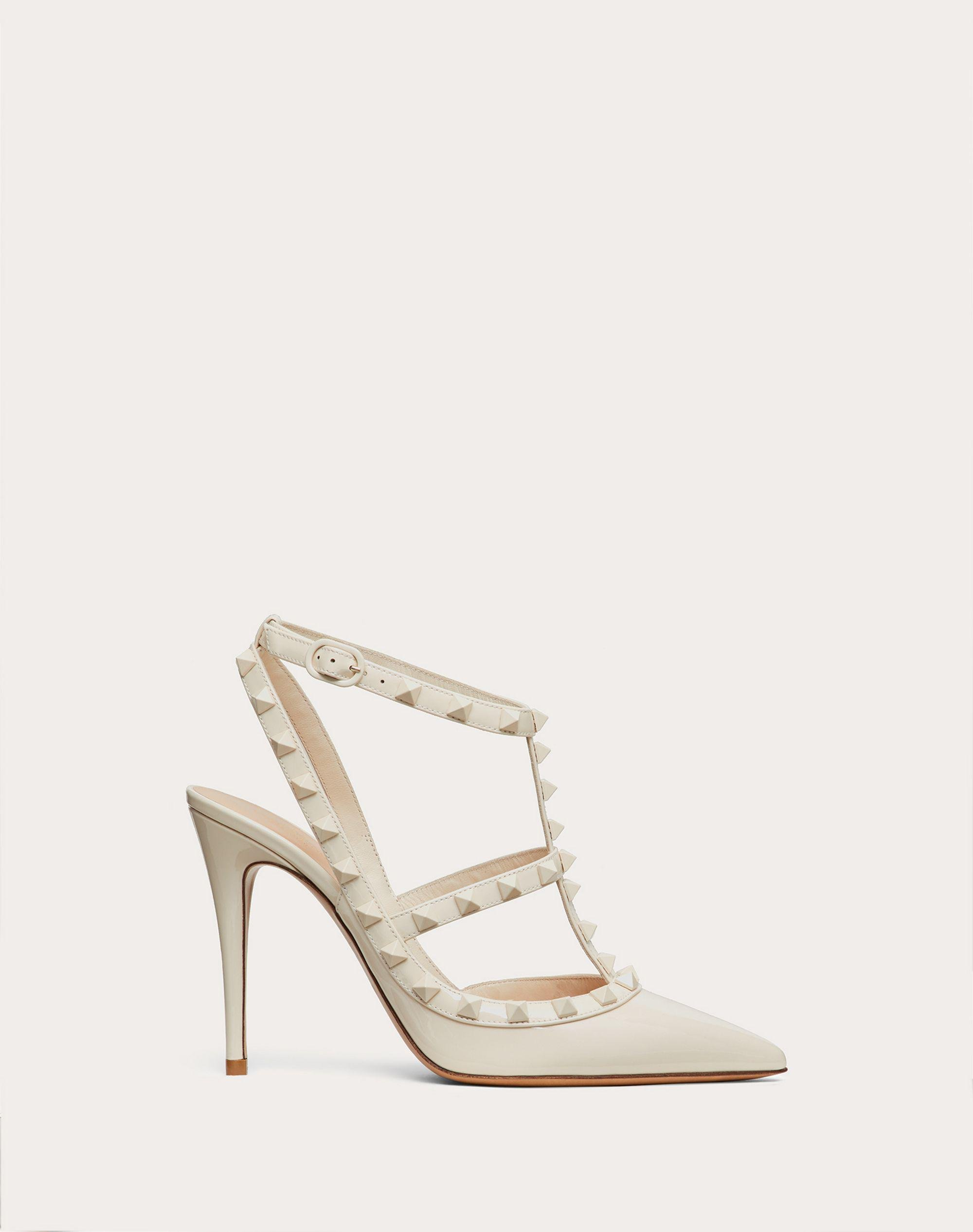 ROCKSTUD ANKLE STRAP PATENT-LEATHER PUMP WITH TONAL STUDS 100 MM
