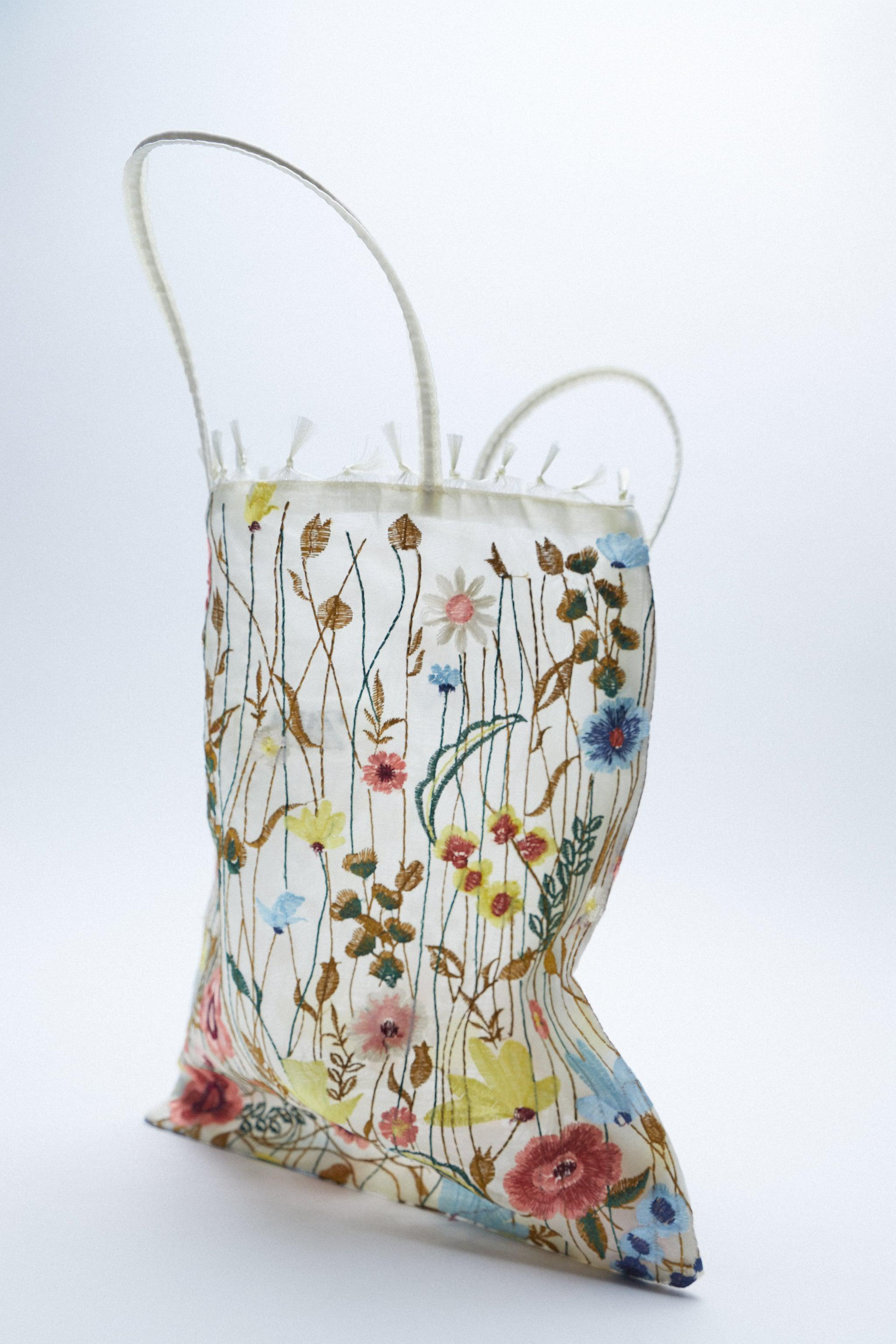 TULLE FLORAL EMBROIDERY TOTE BAG 2