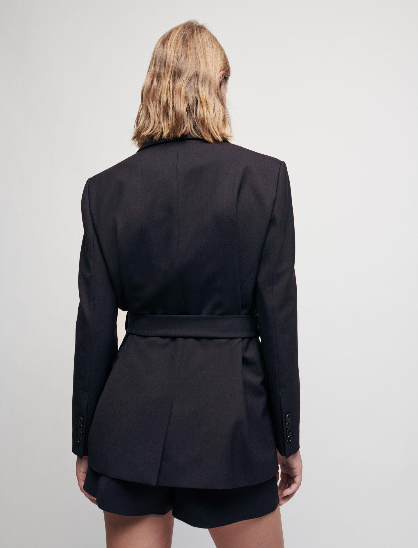 TAILORED JACKET WITH CHAIN BELT 2
