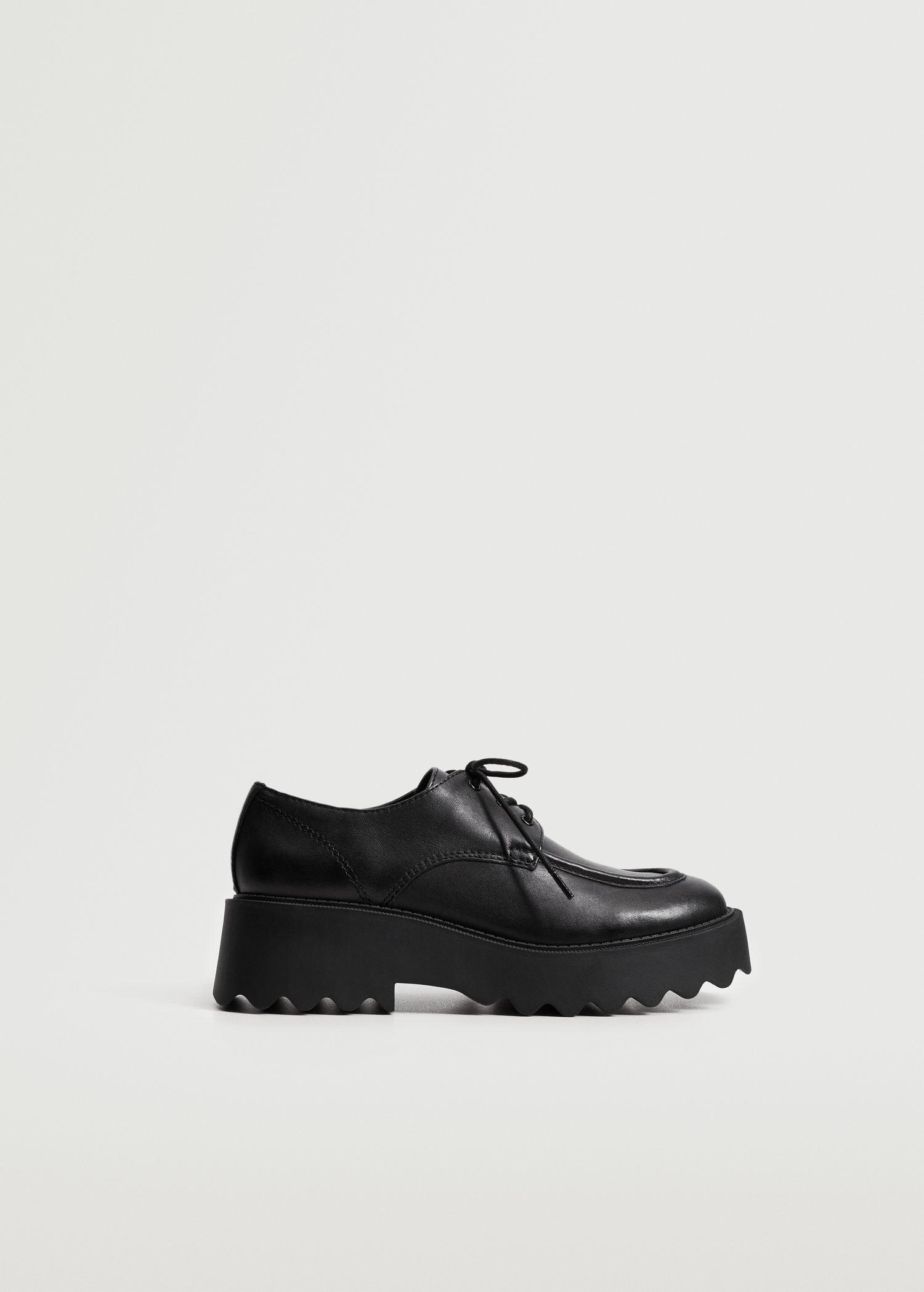 Track sole leather shoes