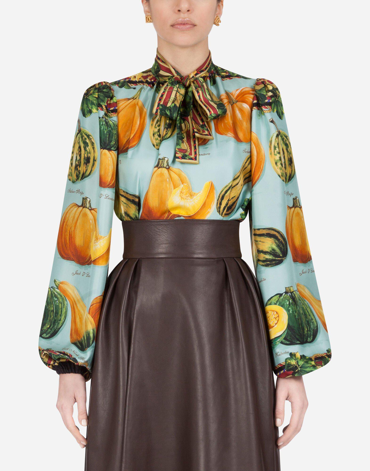 Twill blouse with pumpkin print