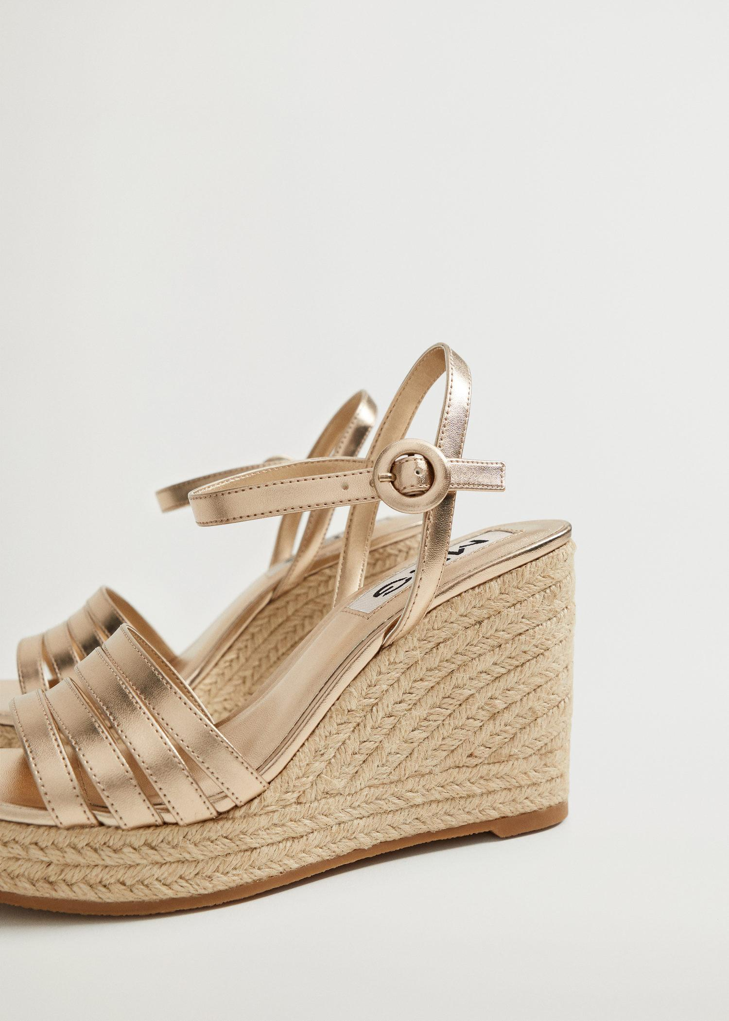 Metallic wedge sandals with straps 3