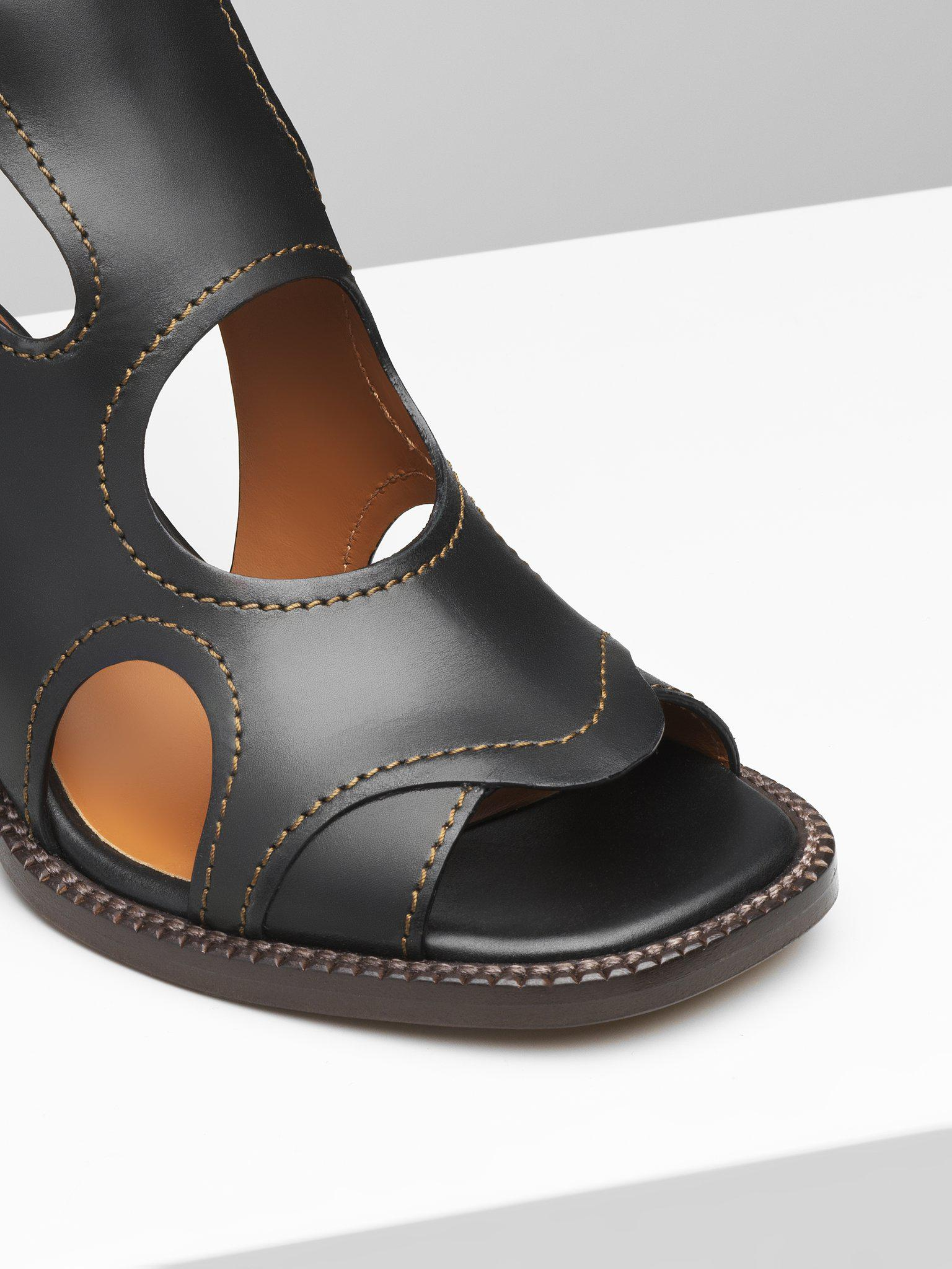 GAILE CUT-OUT BOOT 2