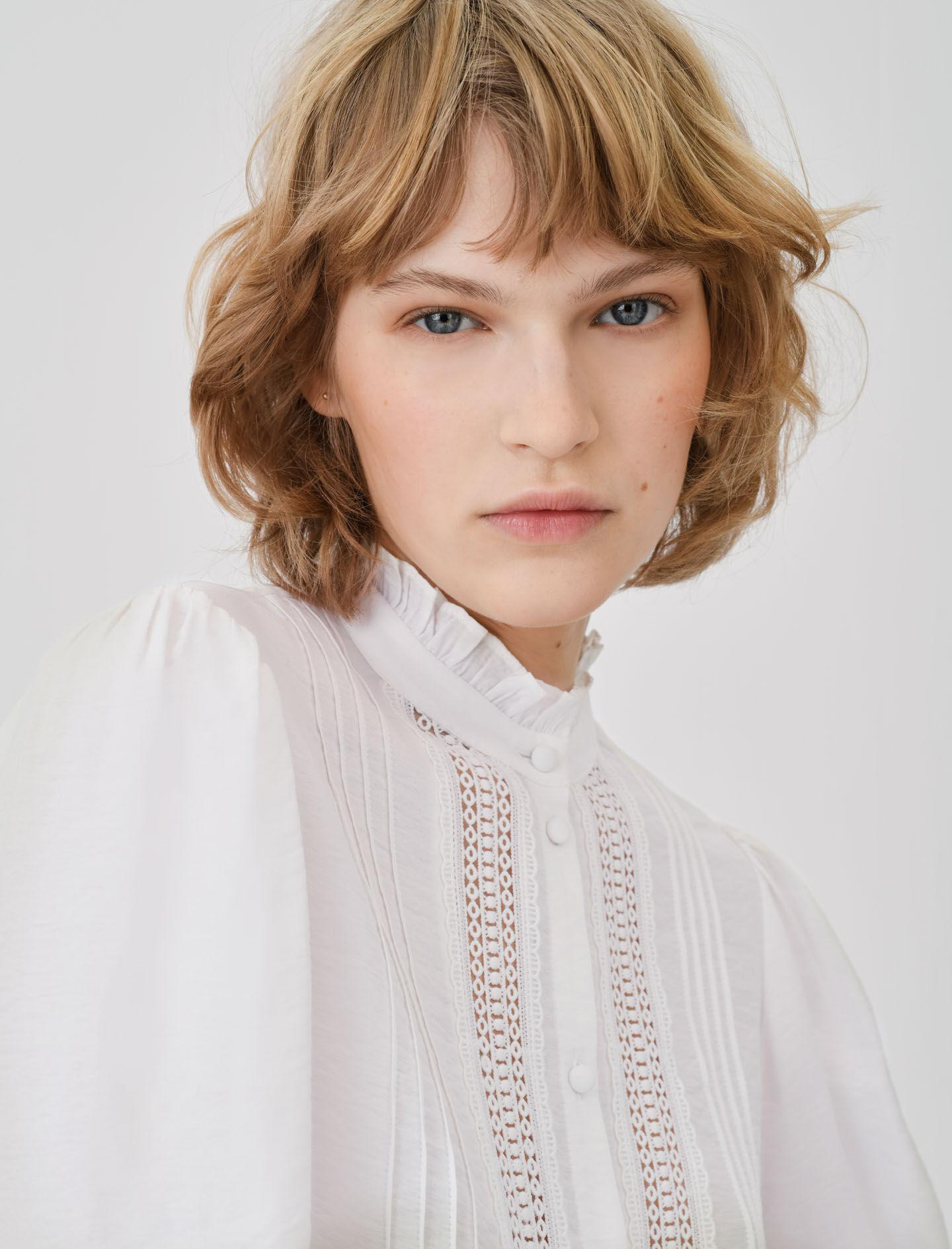 ROMANTIC COTTON AND LACE SHIRT 2