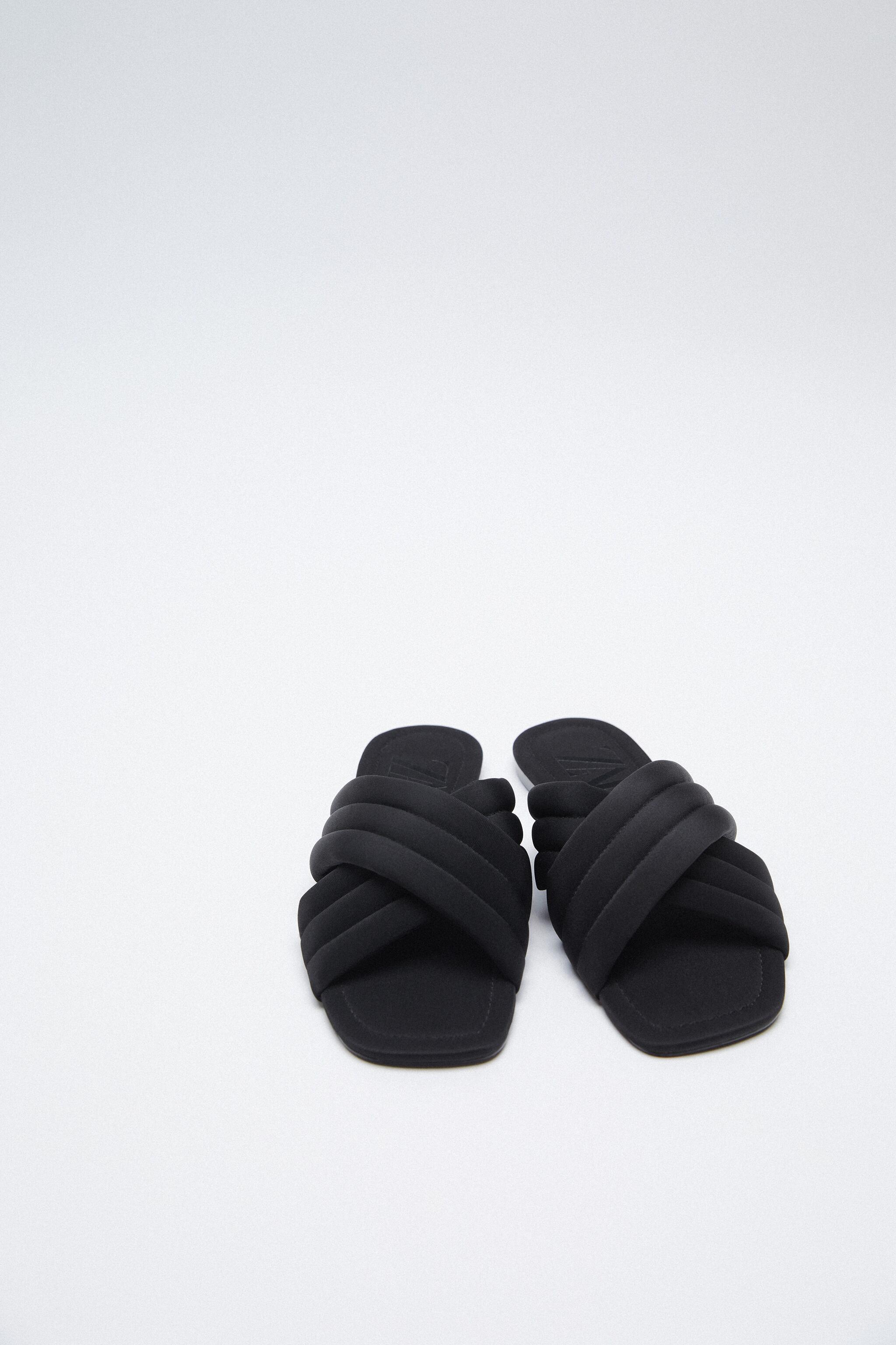 QUILTED SLIDES 1