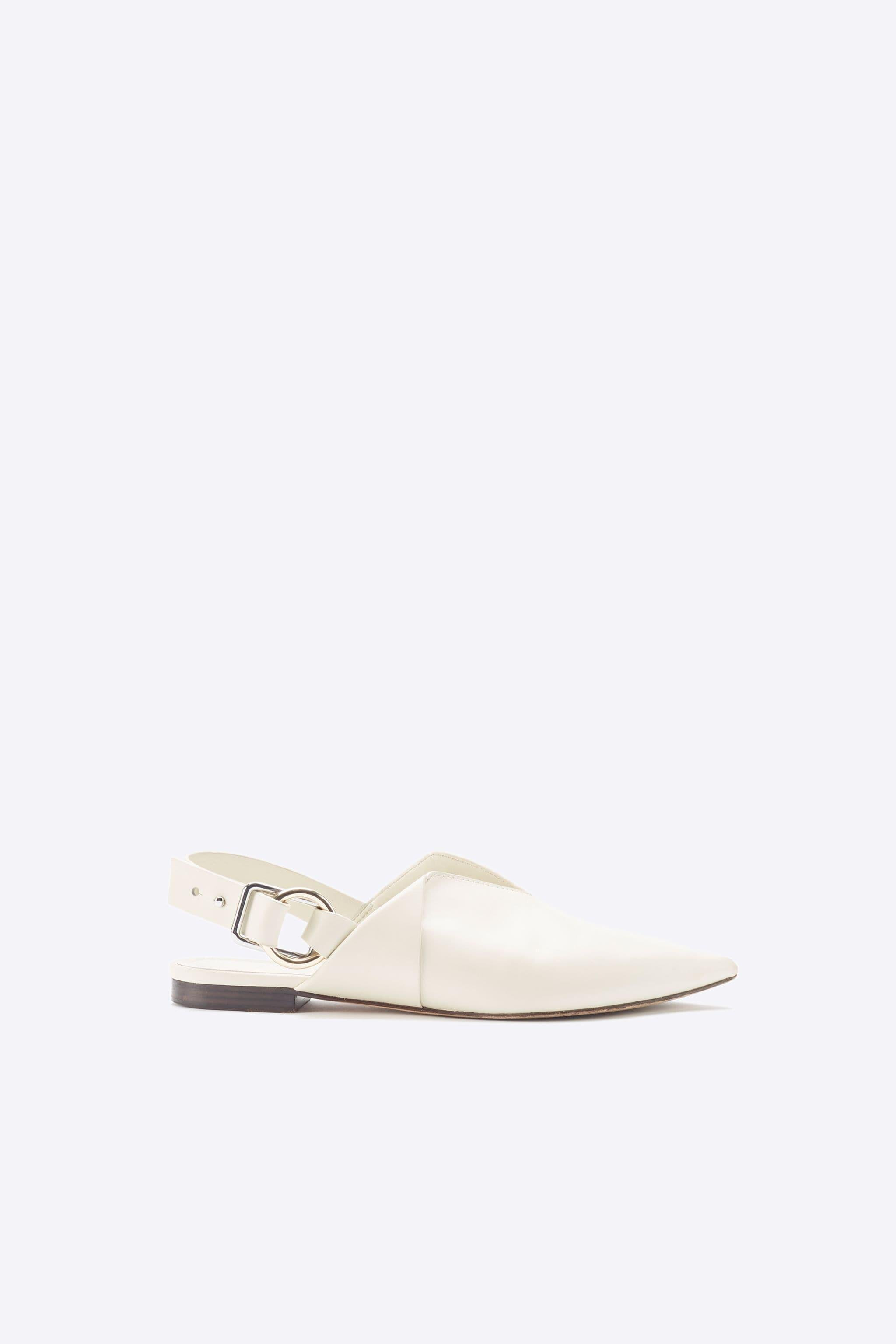 Deanna Folded Pointed Flat