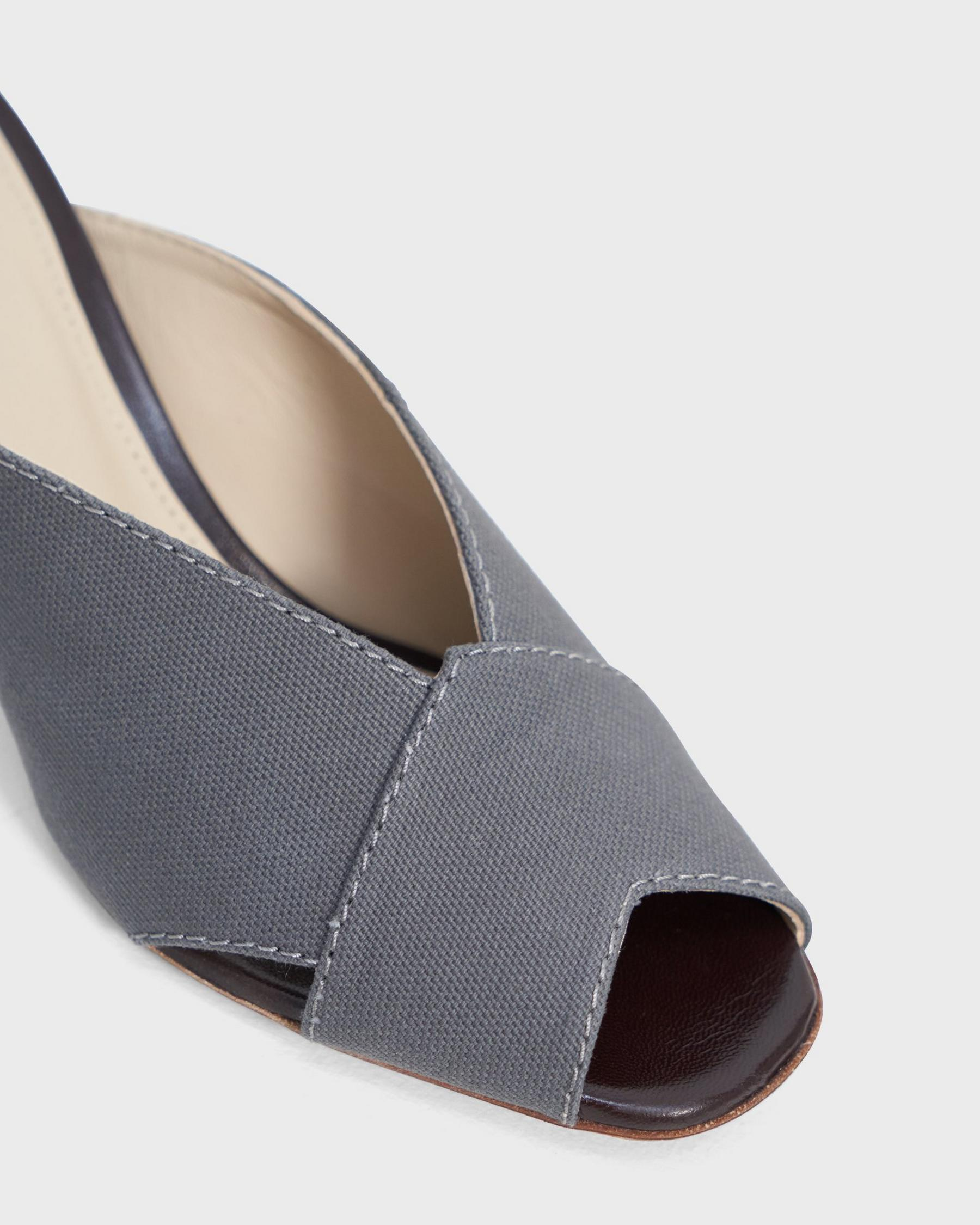 V Mule in Cotton Canvas 1