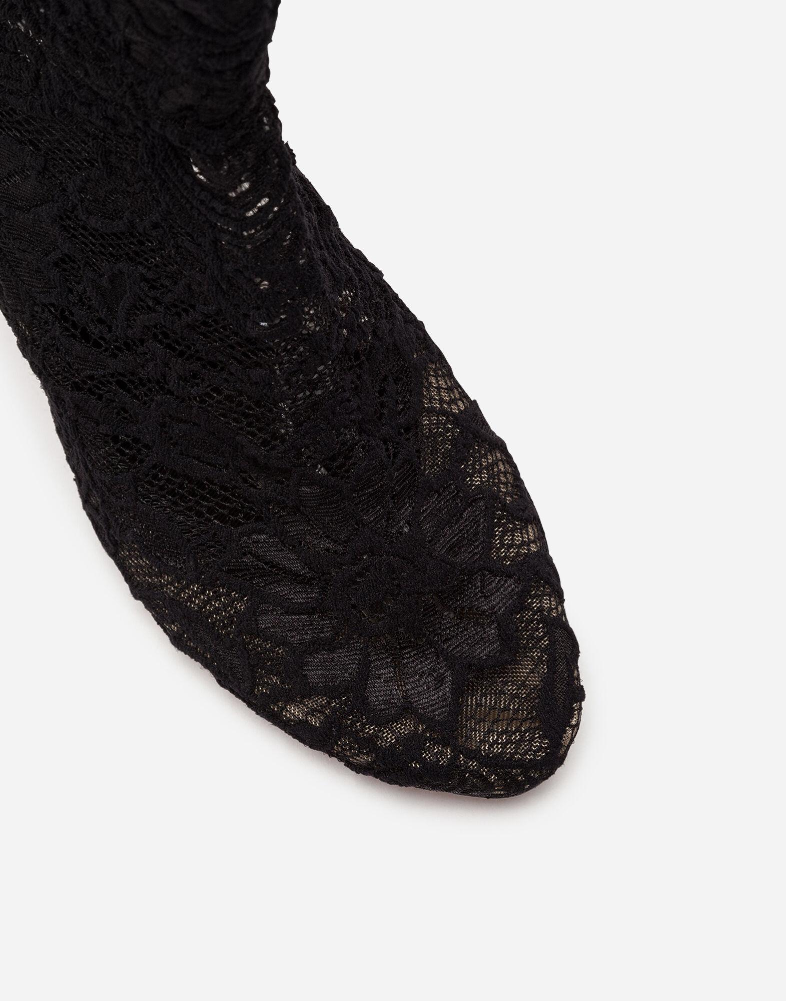 Ankle boot in stretch lace and gros grain 4