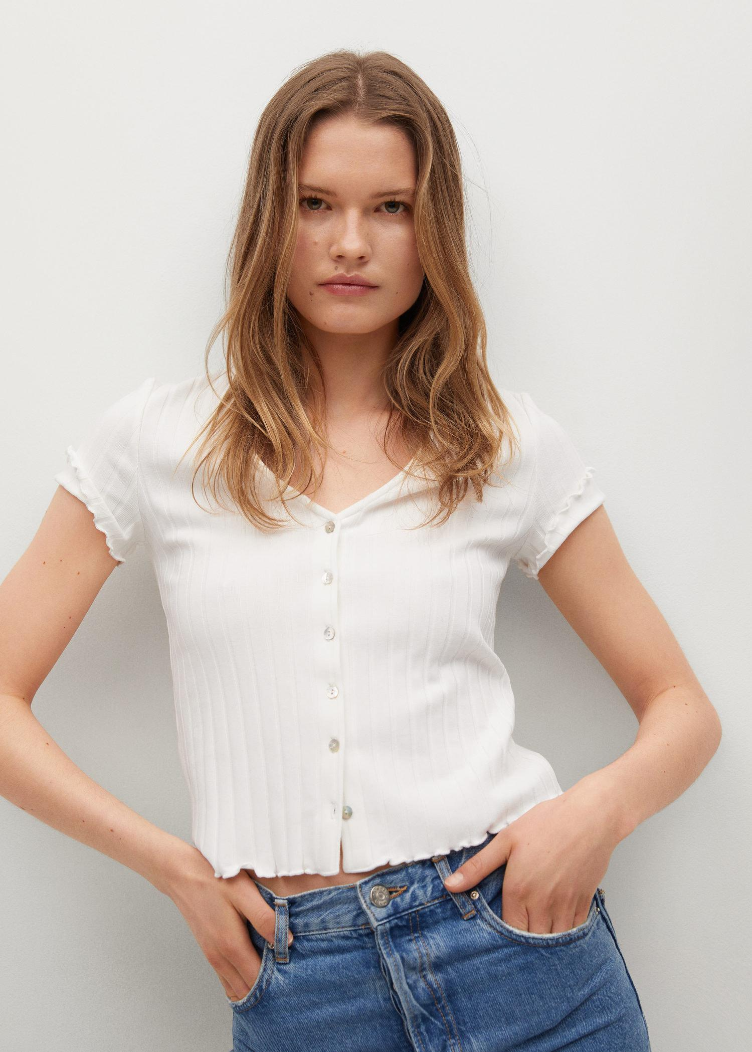 Buttoned ribbed t-shirt