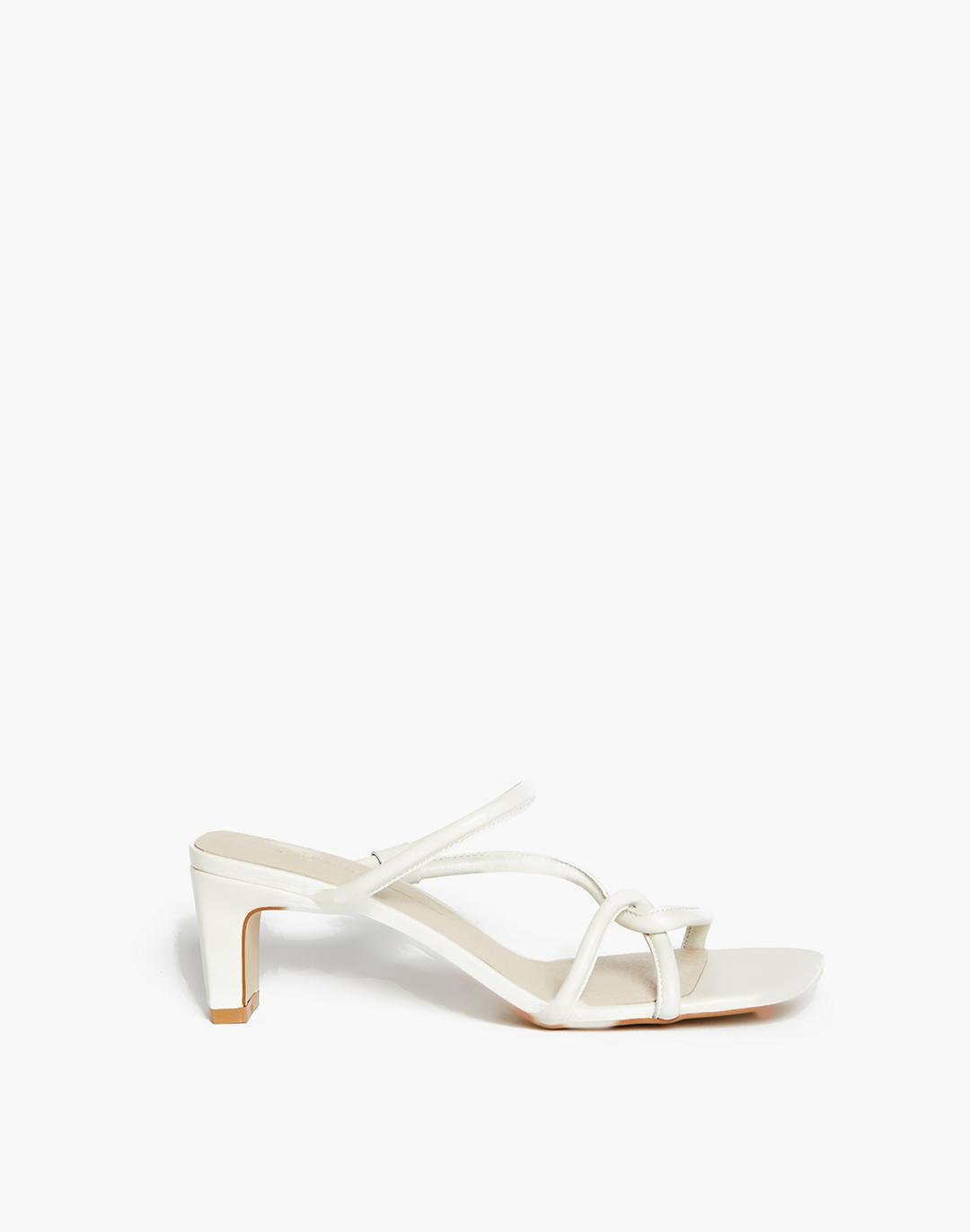 INTENTIONALLY BLANK Willow Sandals 1