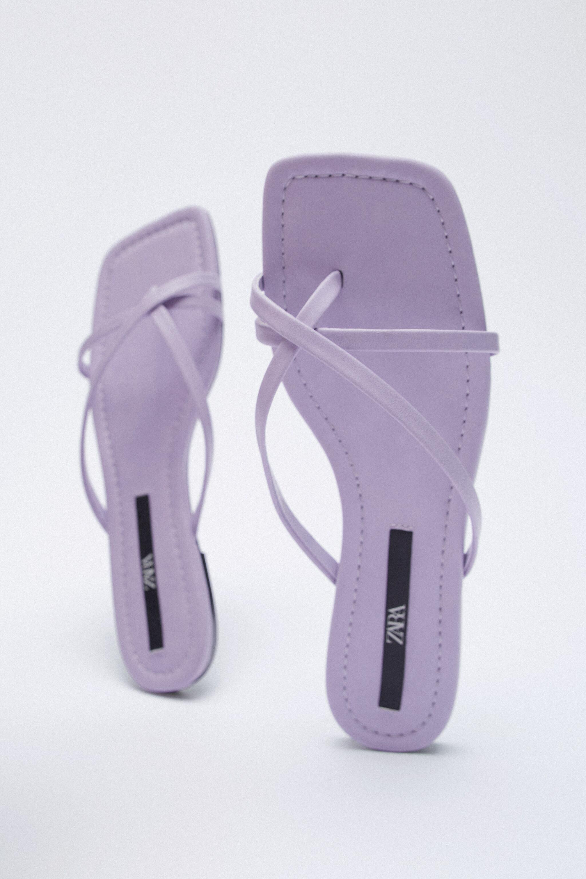 FLAT STRAPPY SANDALS 4