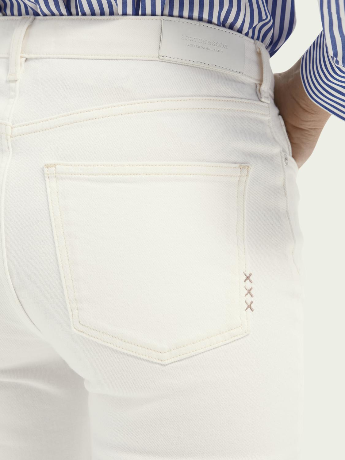 The Kick flared jeans — Summer White 5