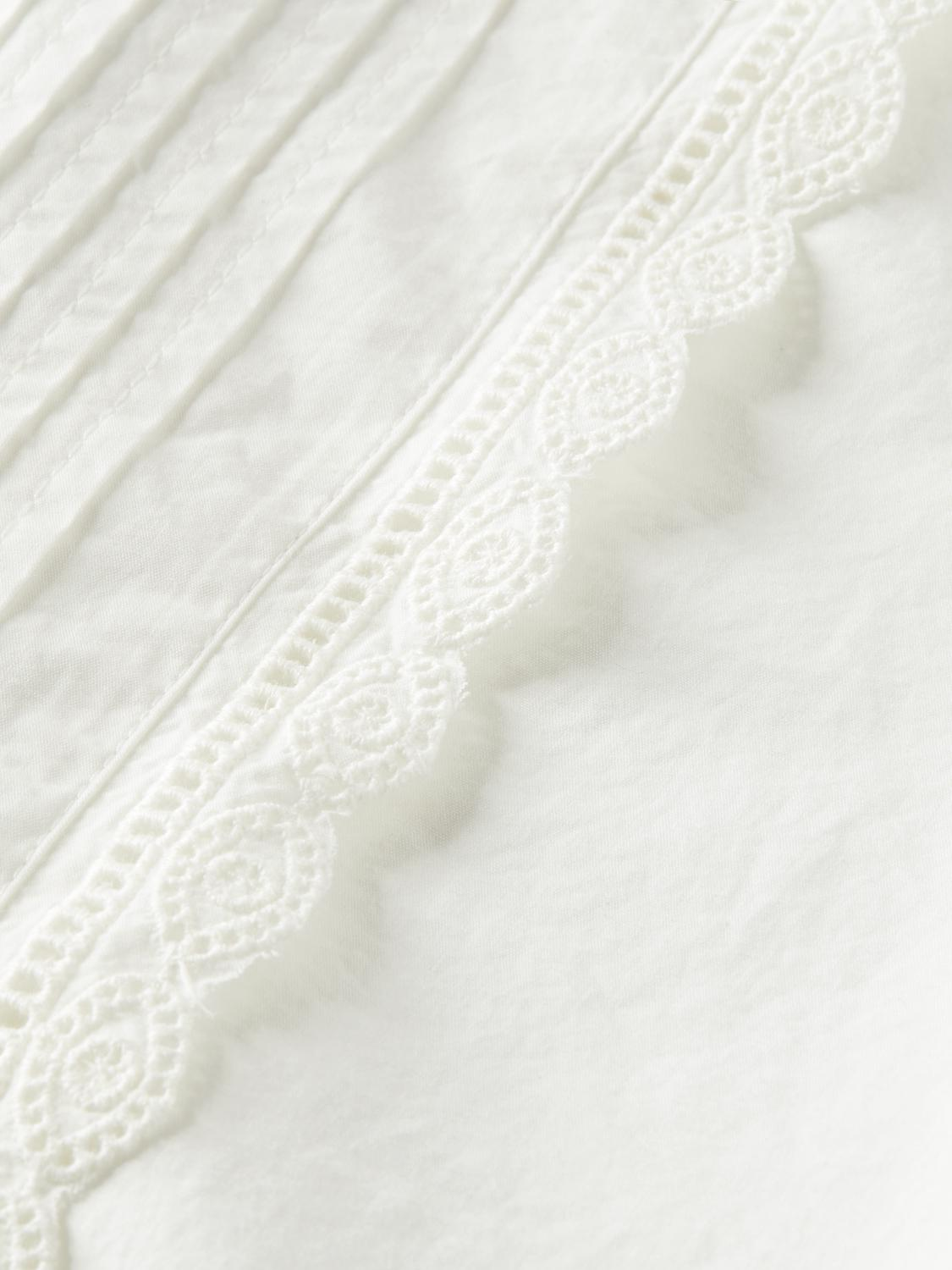 Broderie anglaise detail top 6