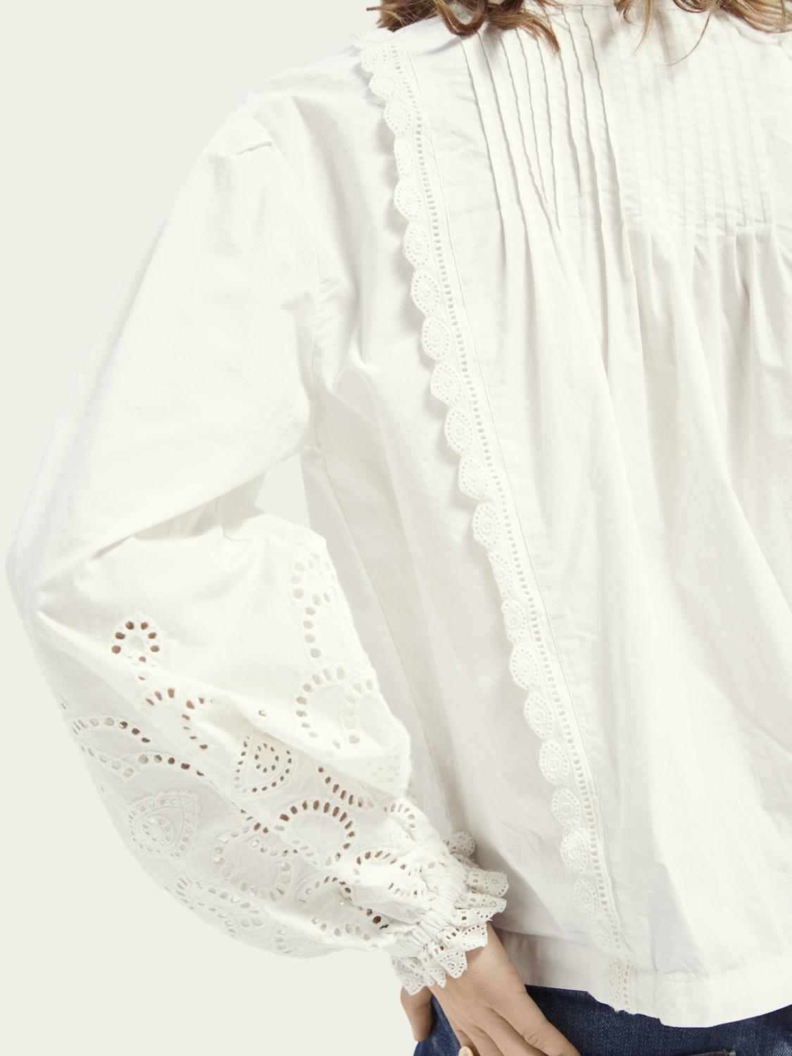 Broderie anglaise detail top 4