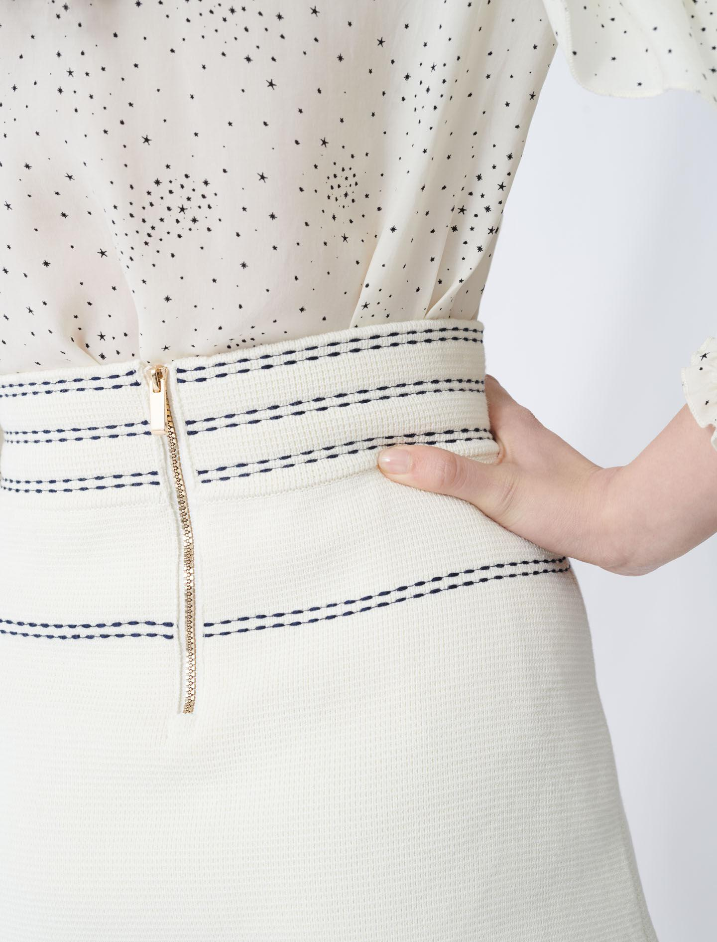 SKIRT WITH CONTRASTING TOPSTITCHING 5