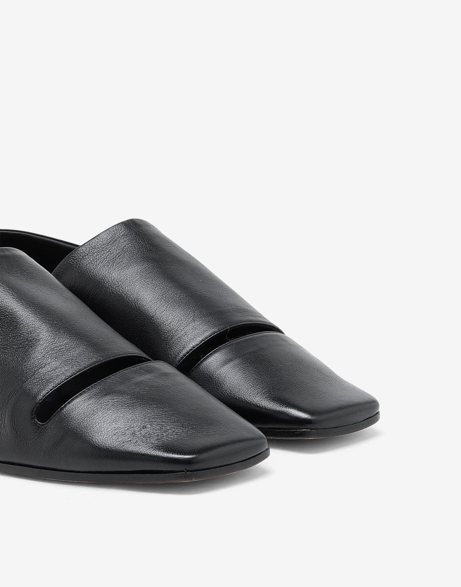 Leather mules 4