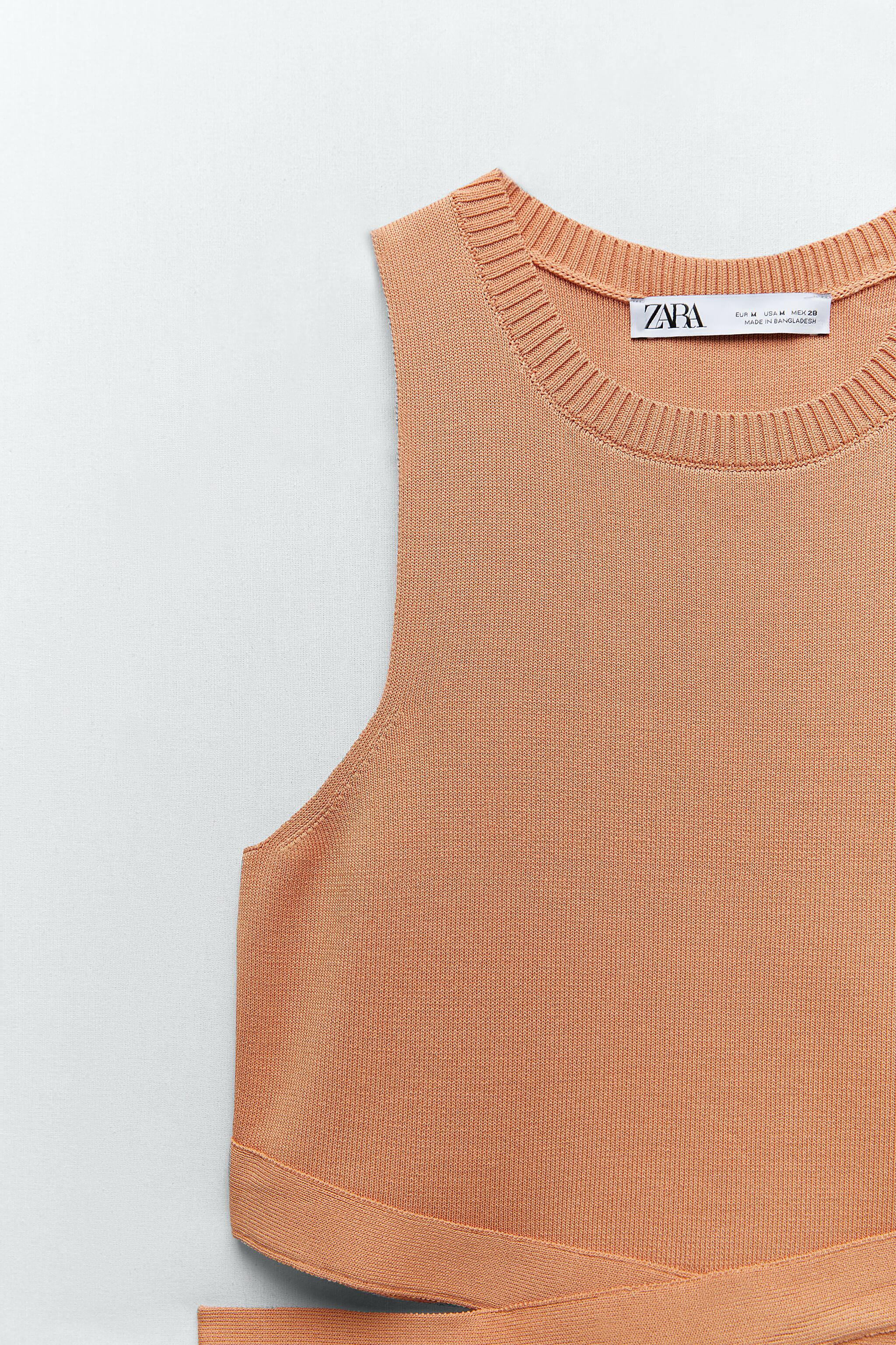 CUT OUT KNIT TOP 6