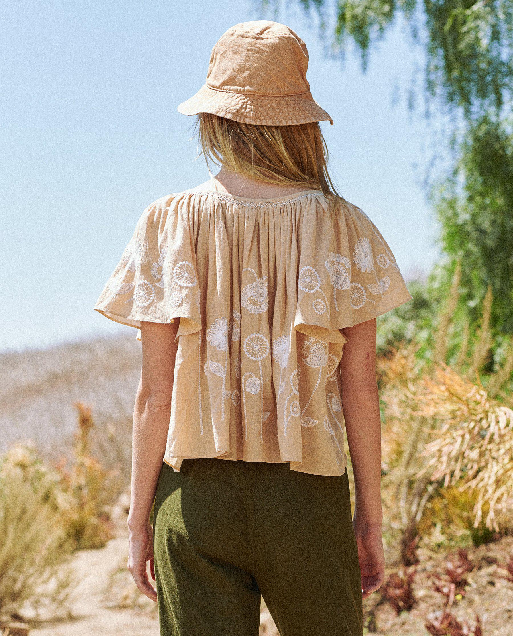 The Dale Top. -- Wheat with Trellis Floral Embroidery 2