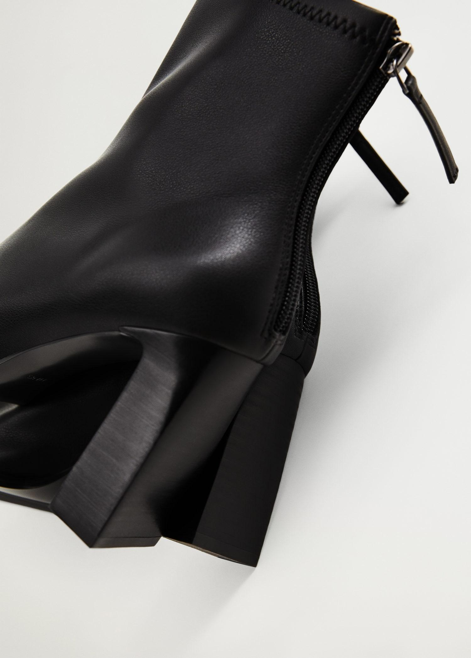 Elastic heeled ankle boot 4