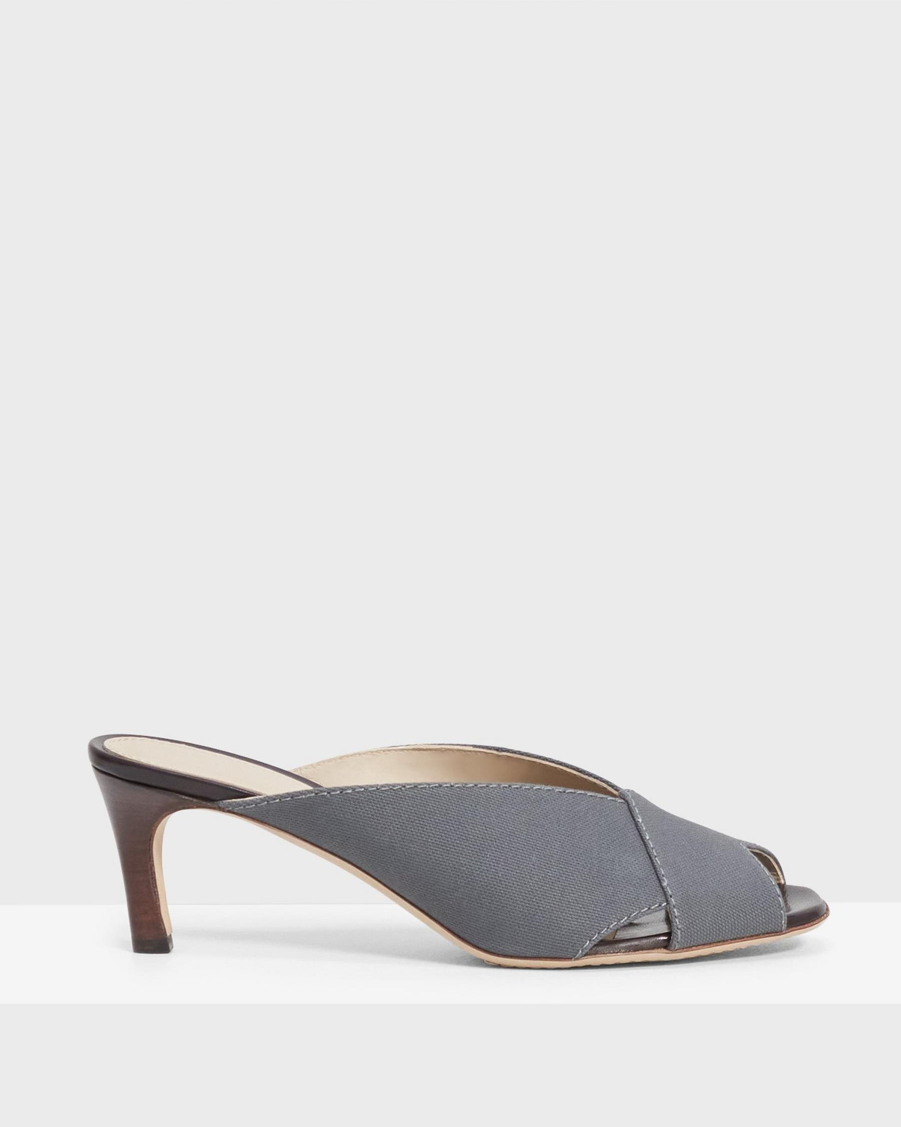 V Mule in Cotton Canvas 4