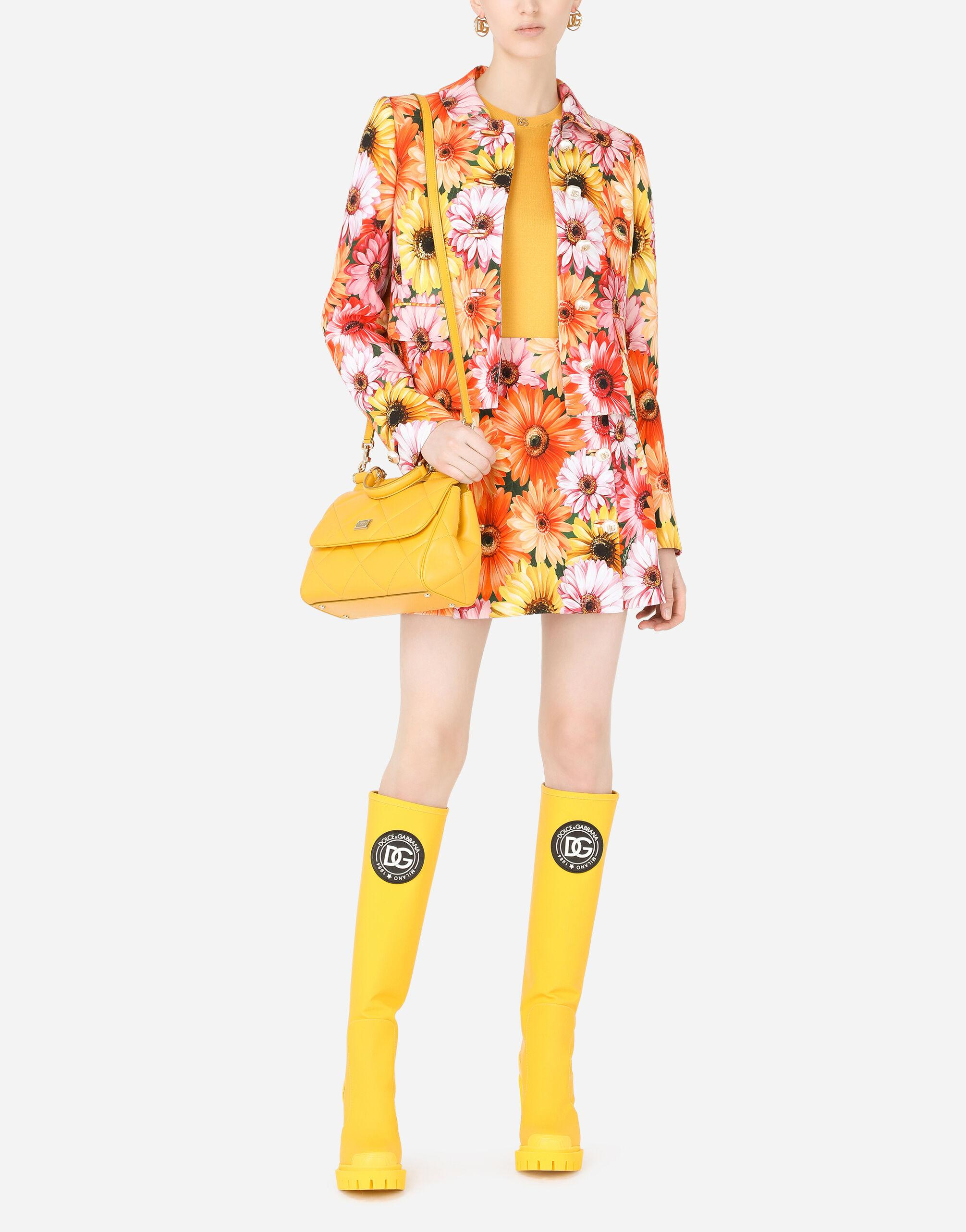 Cady miniskirt with gerbera-daisy print and decorative pearl DG buttons 4