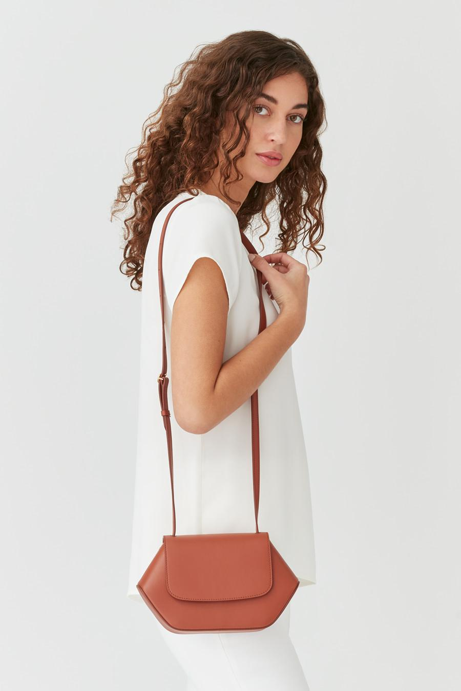 Women's Mini Hexagon Crossbody Bag in Sienna | Smooth Leather by Cuyana 4