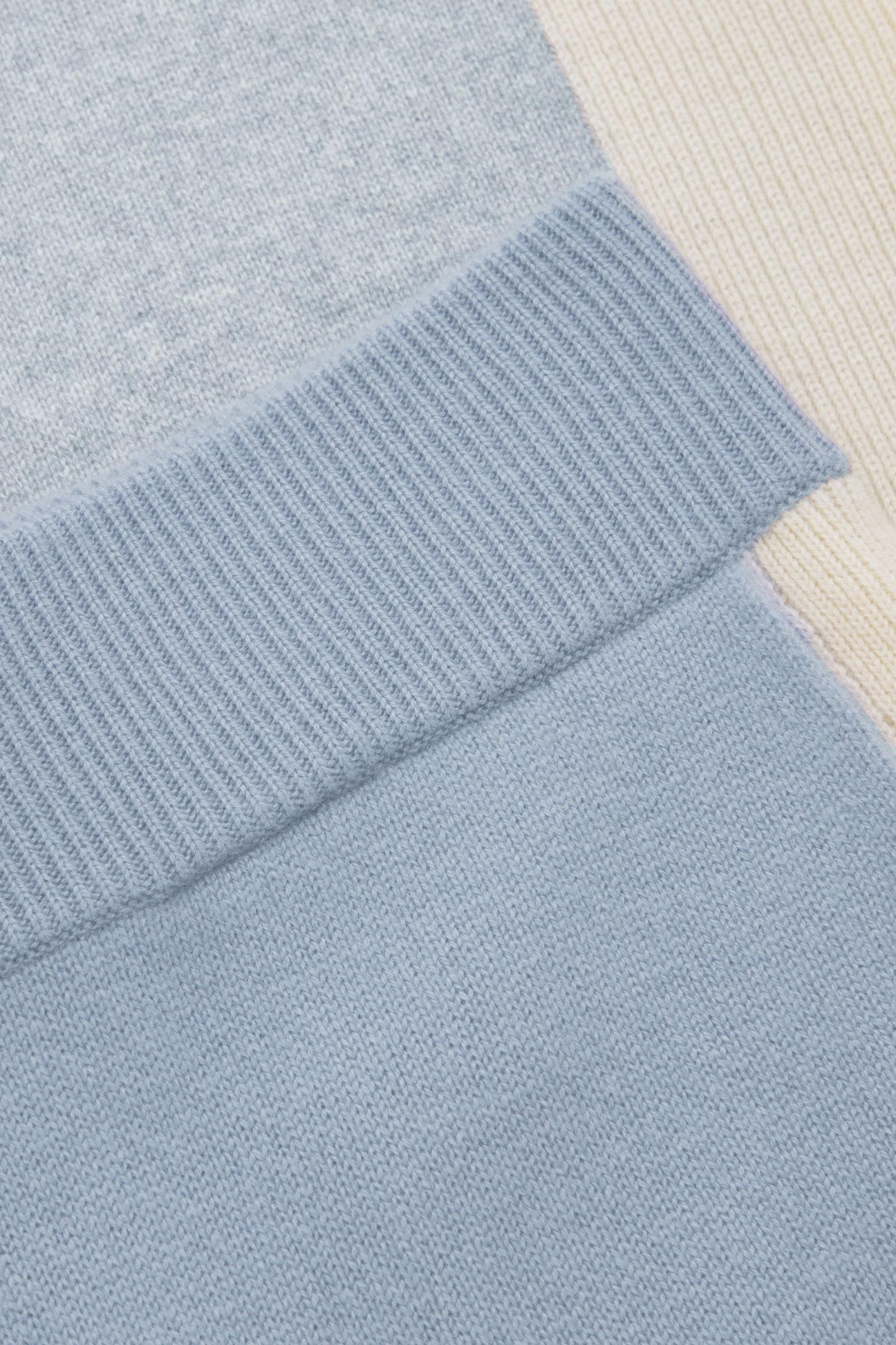 CASHMERE KNITTED JOGGERS 7