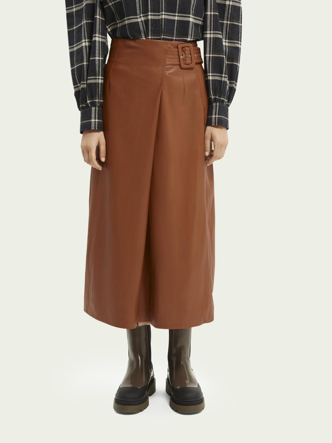 Wrap-over faux leather skirt 2