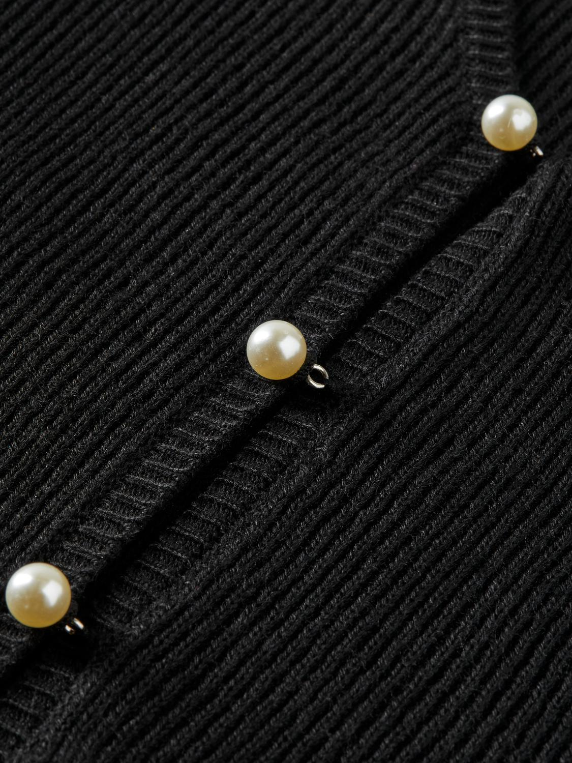 Faux pearl-buttoned cardigan 5