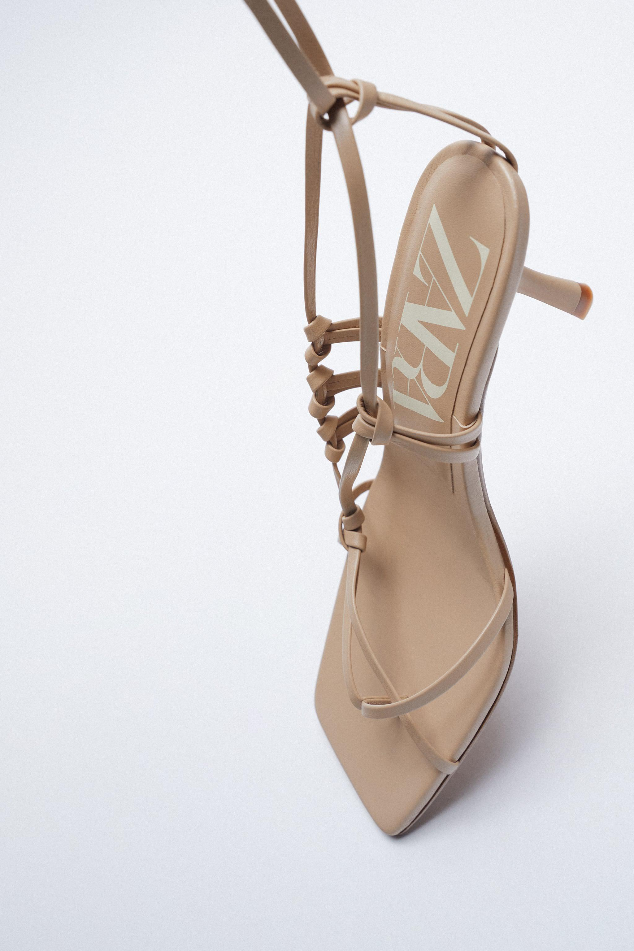 HEELED STRAPPY LEATHER SANDALS 5