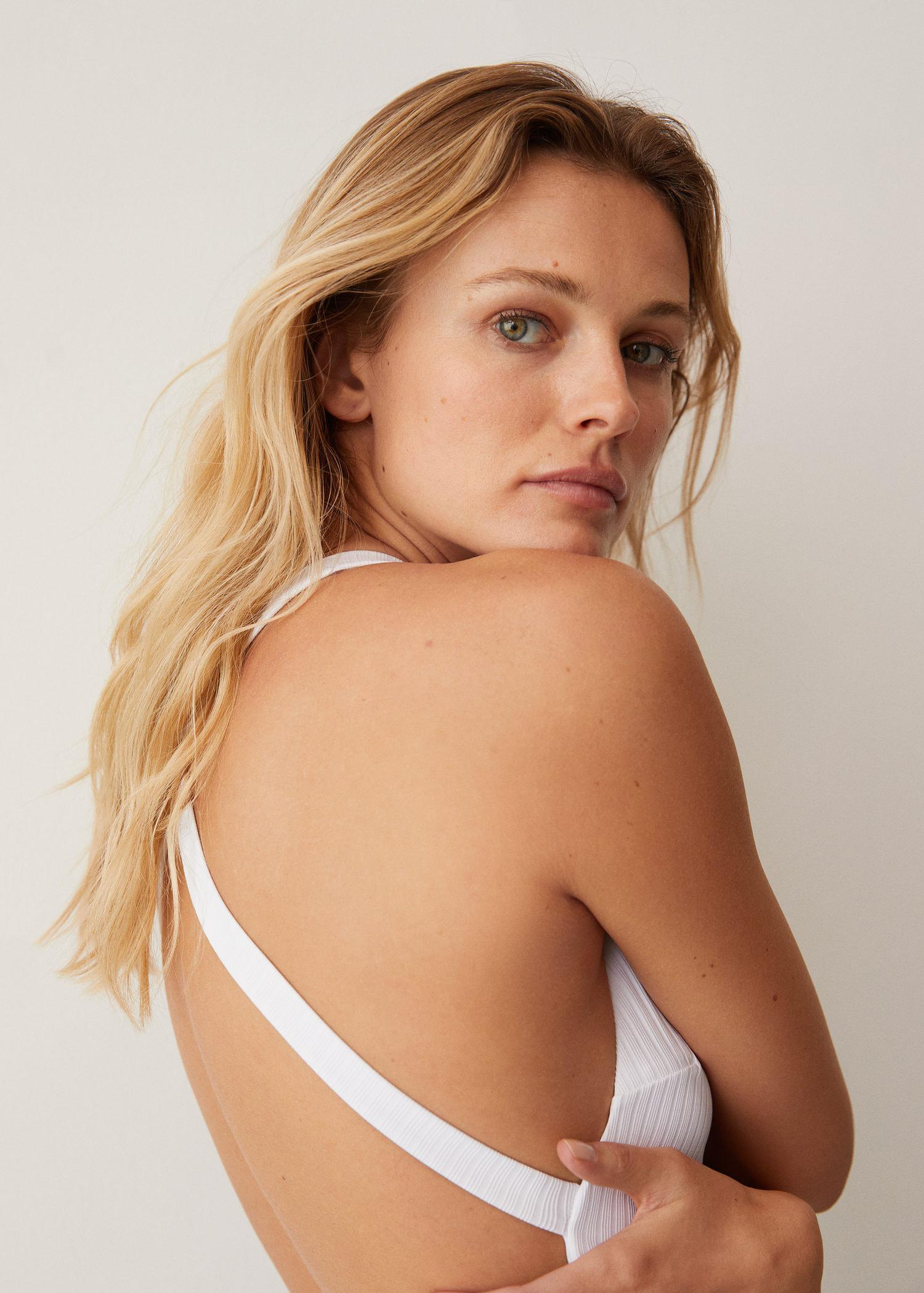 Crossover back swimsuit 3