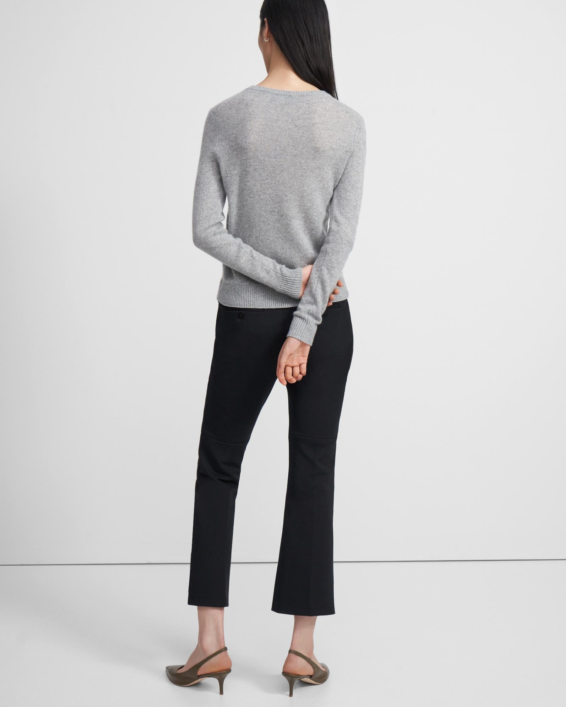Crewneck Sweater in Feather Cashmere 1