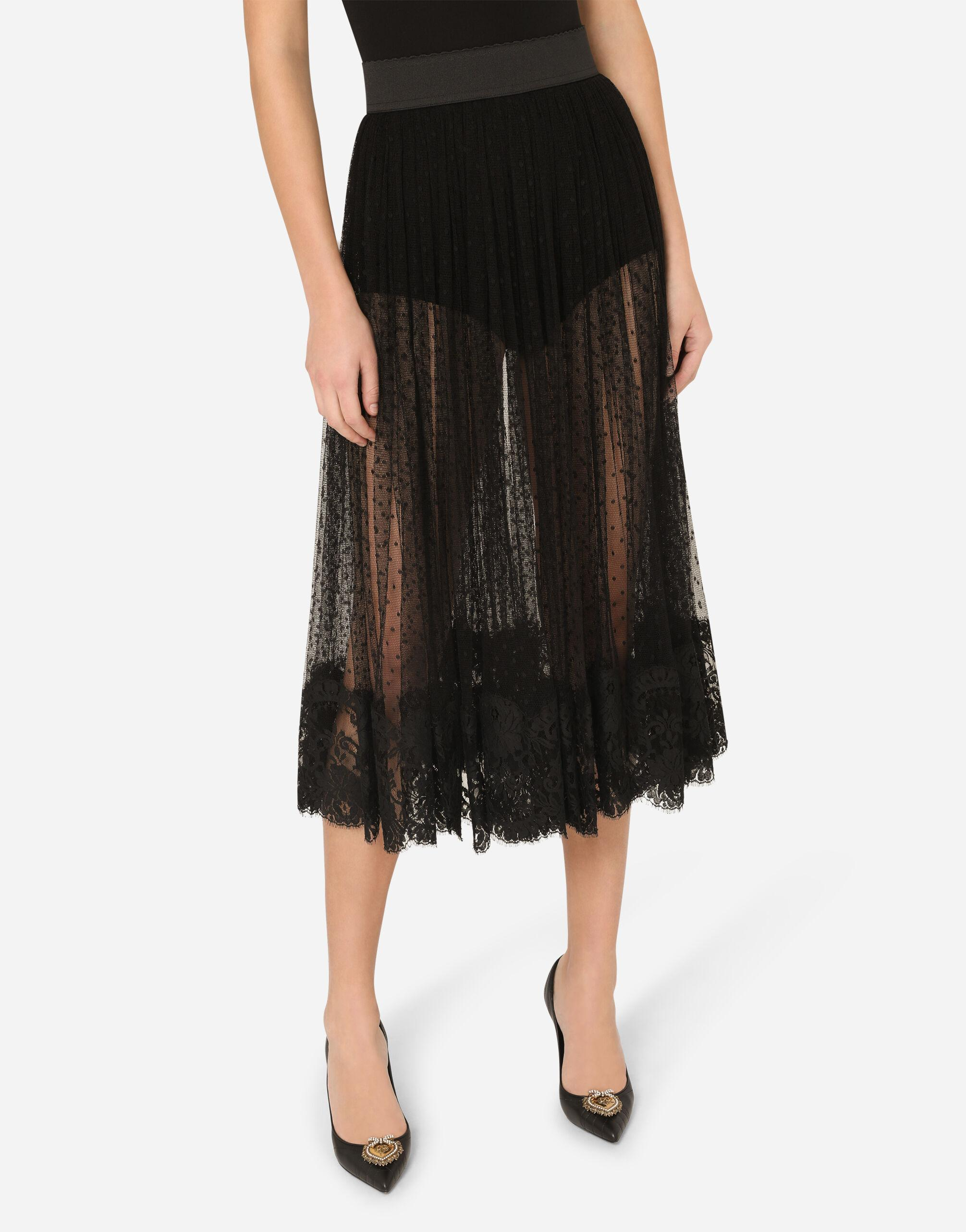 Pleated calf-length skirt in chantilly lace and plumetis 2