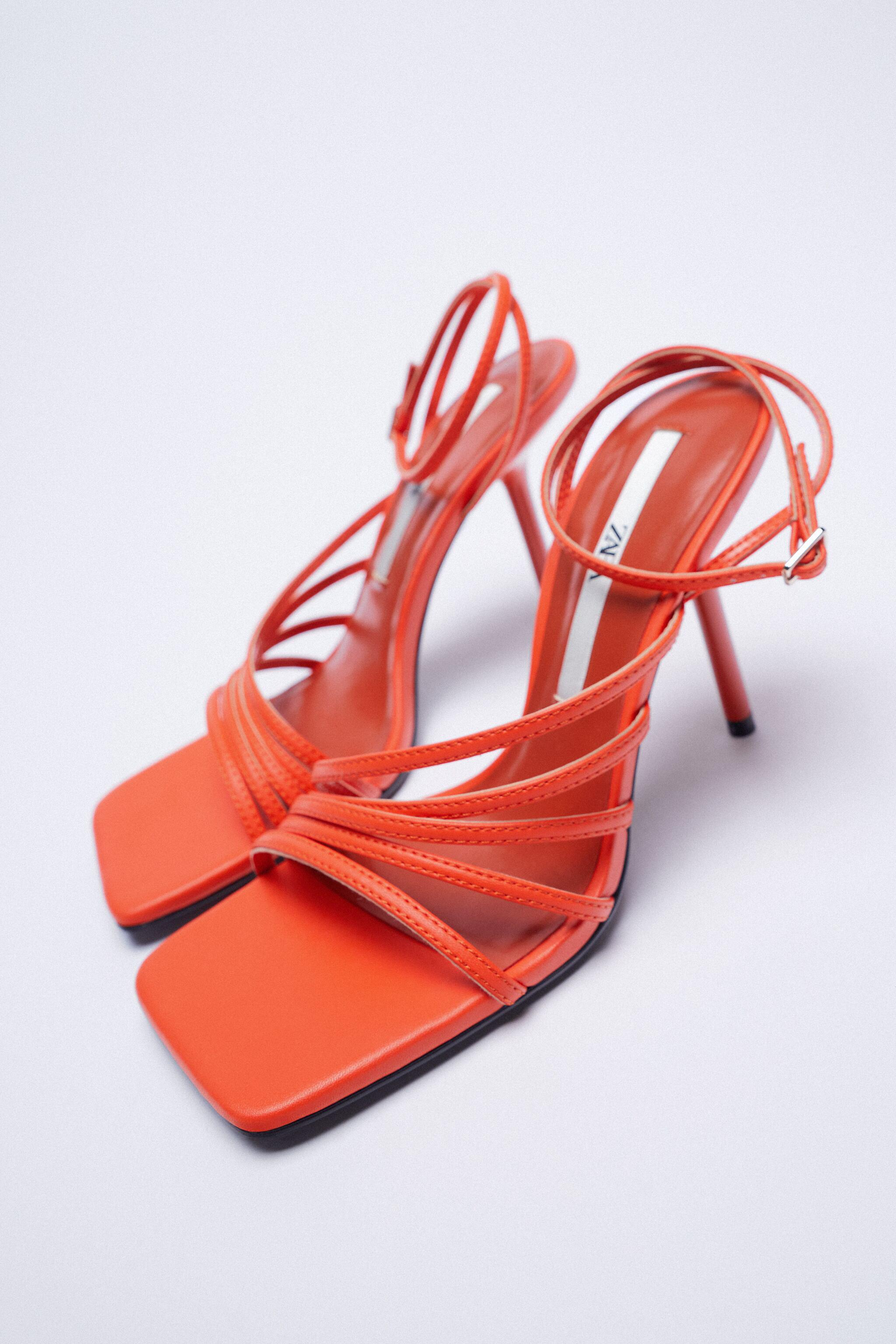 HEELED SANDALS WITH THIN STRAPS 3